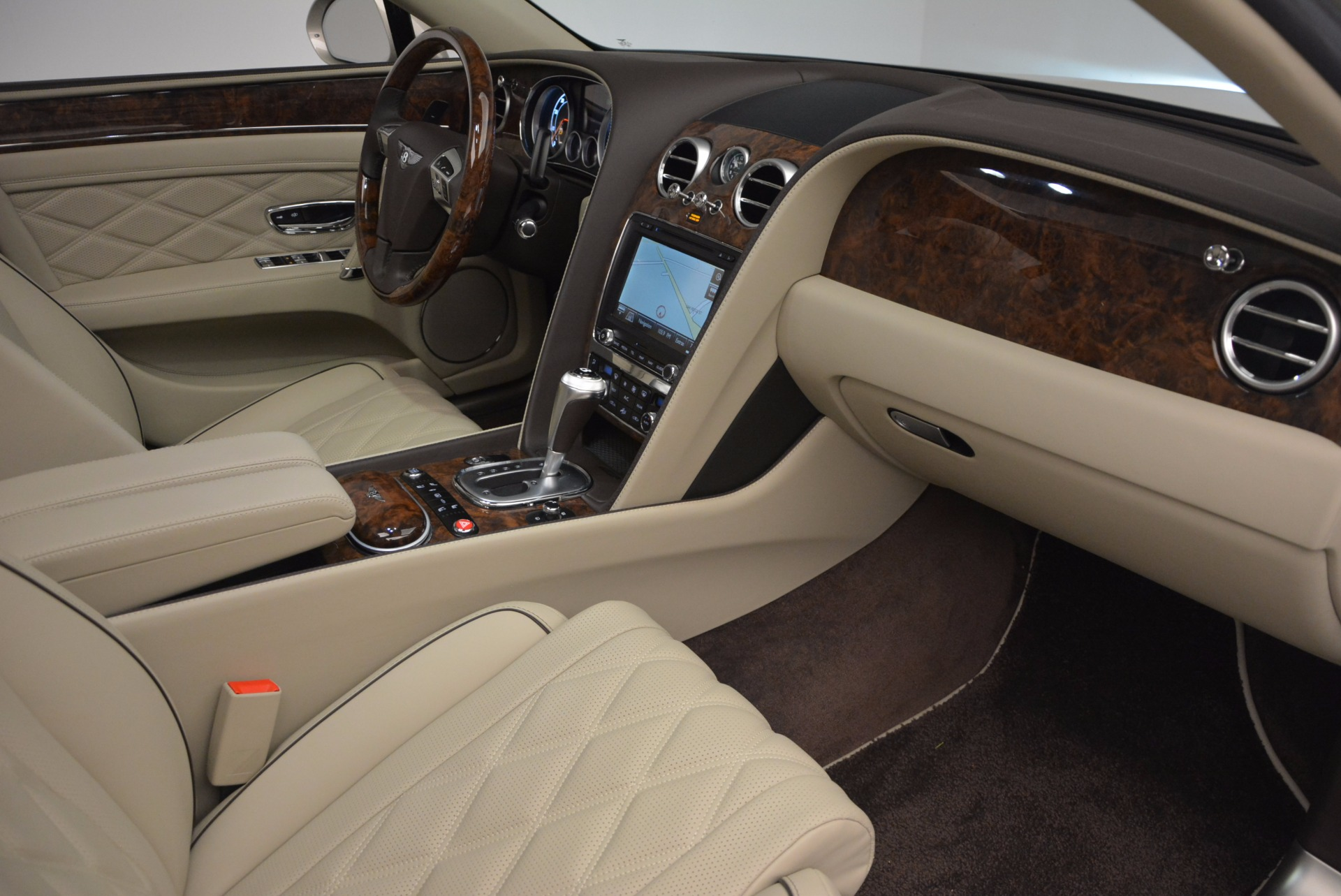 Used 2015 Bentley Flying Spur W12  For Sale In Greenwich, CT 694_p40