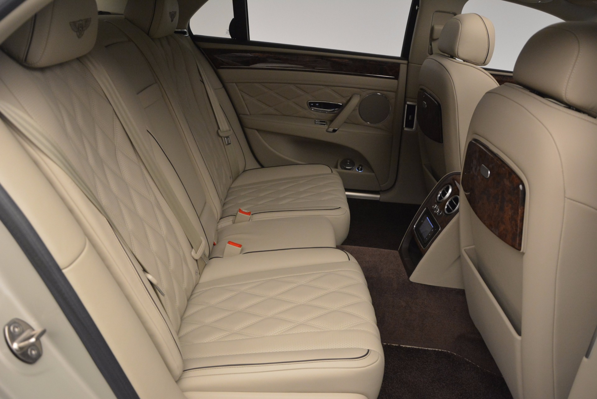 Used 2015 Bentley Flying Spur W12  For Sale In Greenwich, CT 694_p43
