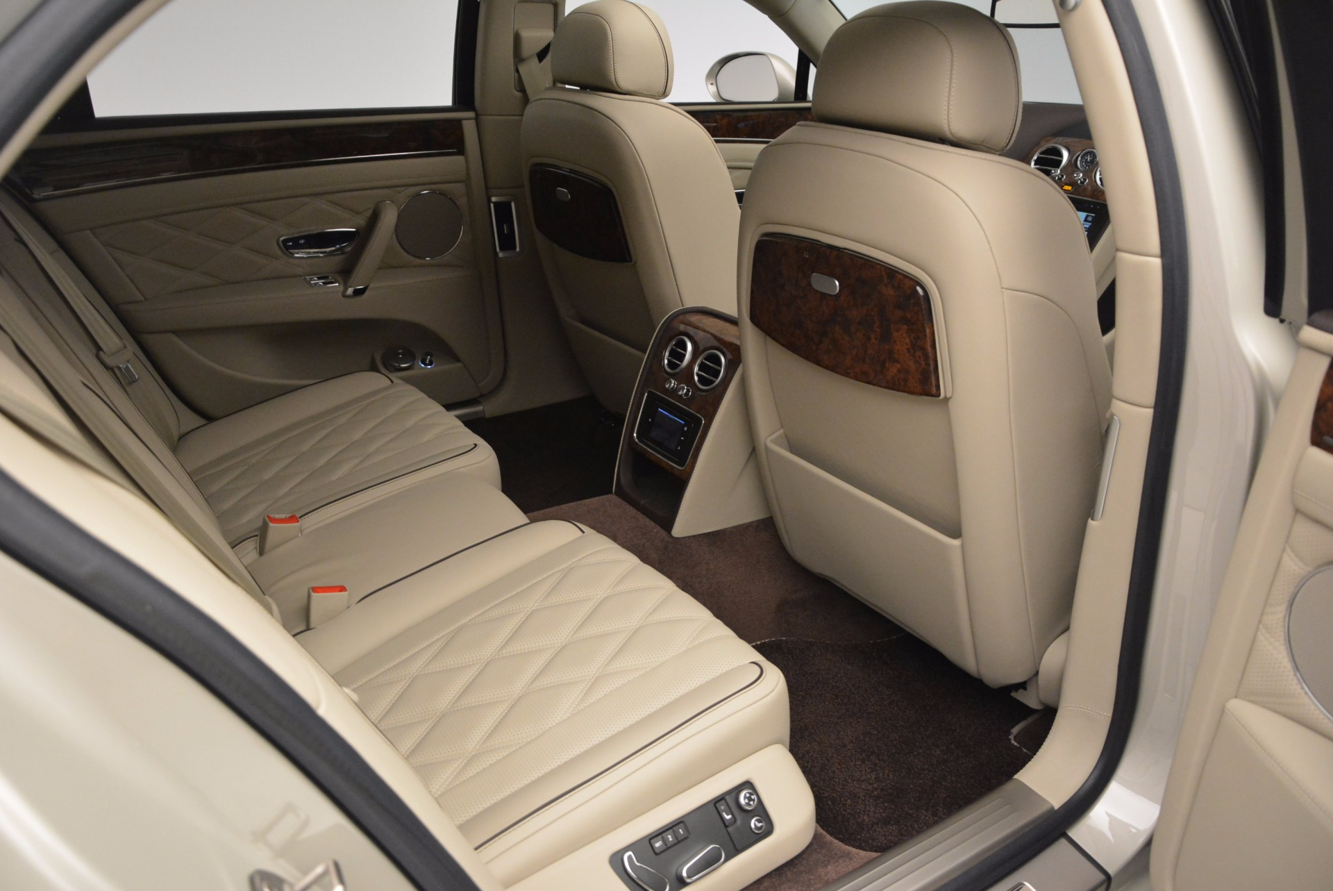Used 2015 Bentley Flying Spur W12  For Sale In Greenwich, CT 694_p44
