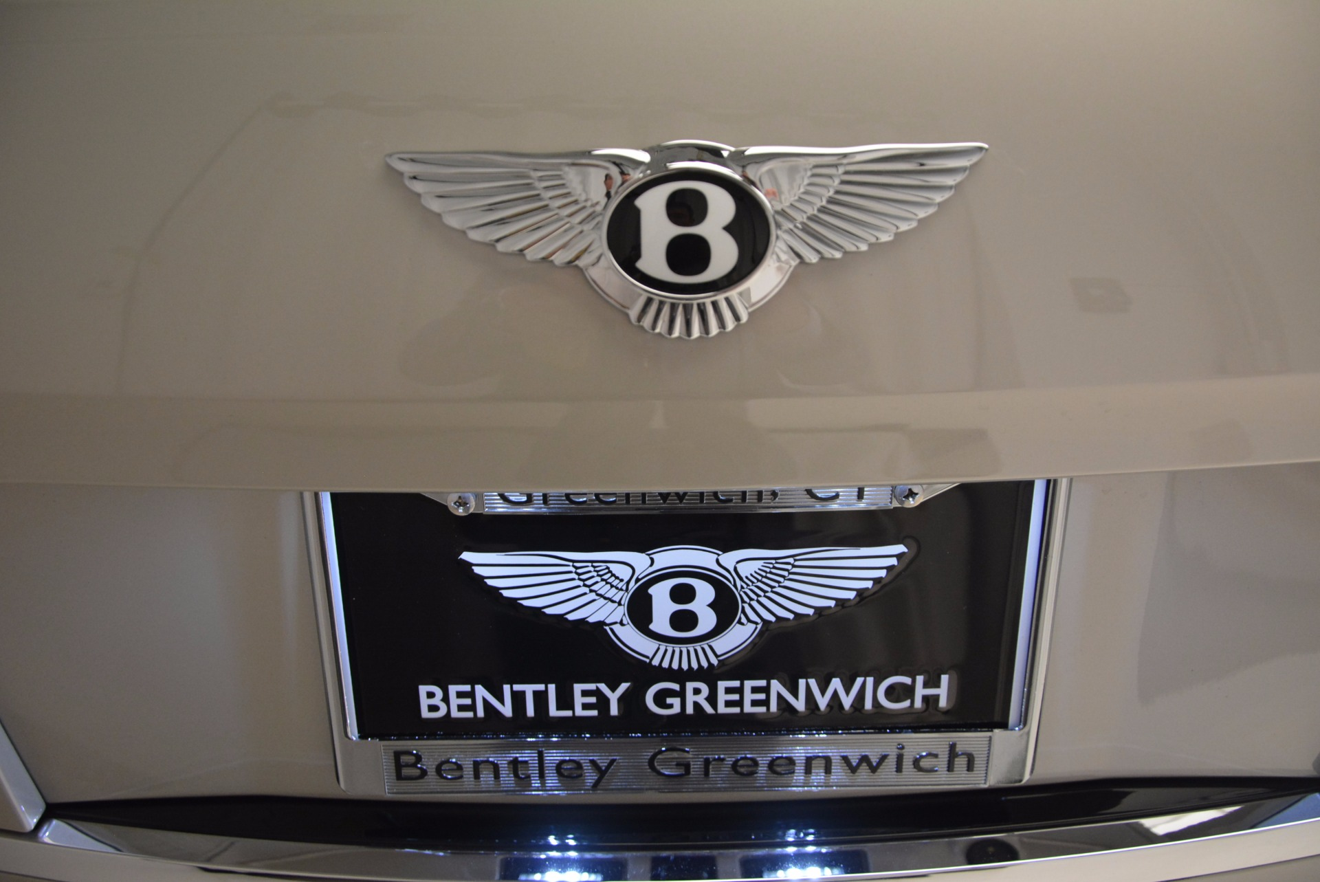 Used 2015 Bentley Flying Spur W12  For Sale In Greenwich, CT 694_p49
