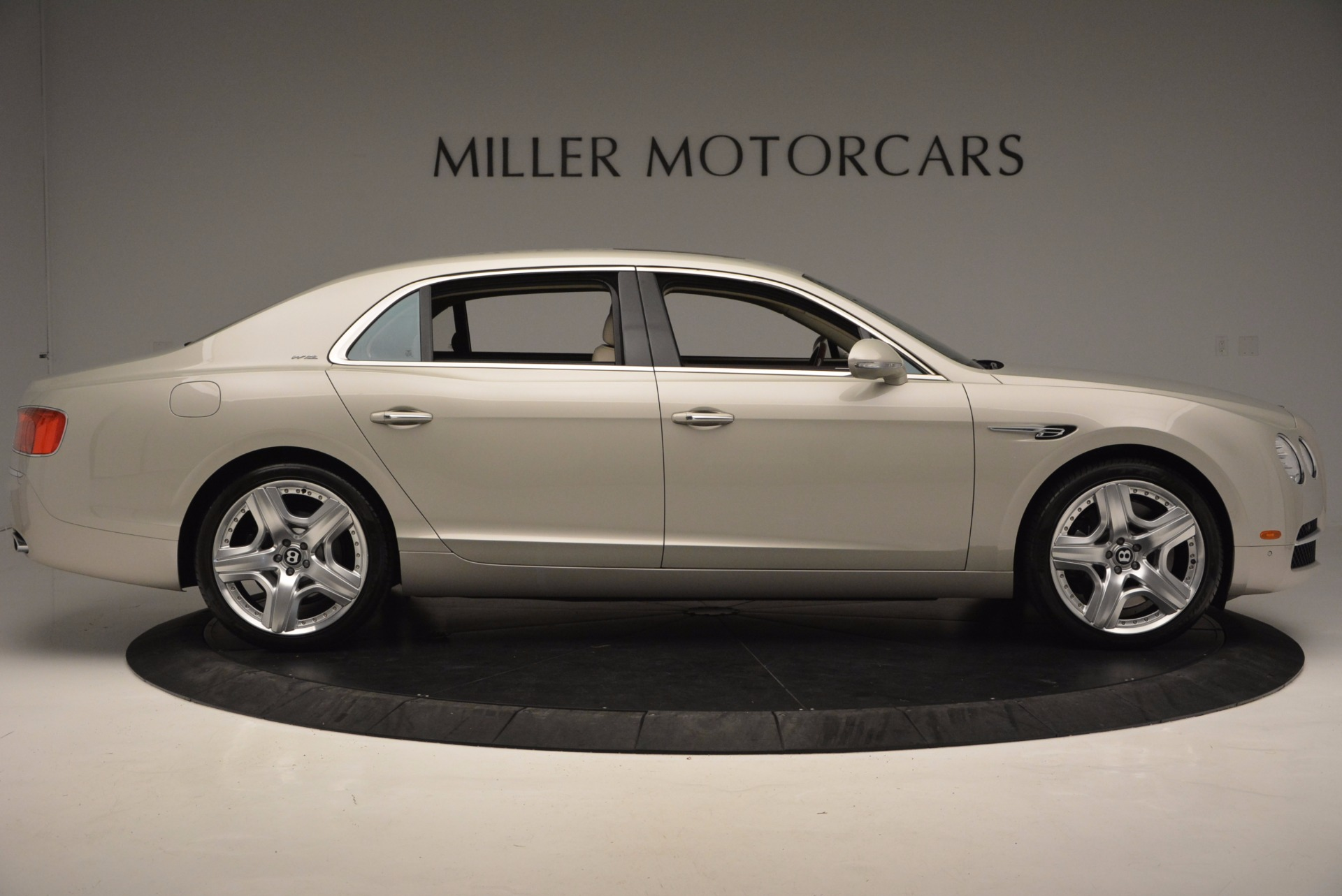 Used 2015 Bentley Flying Spur W12  For Sale In Greenwich, CT 694_p9