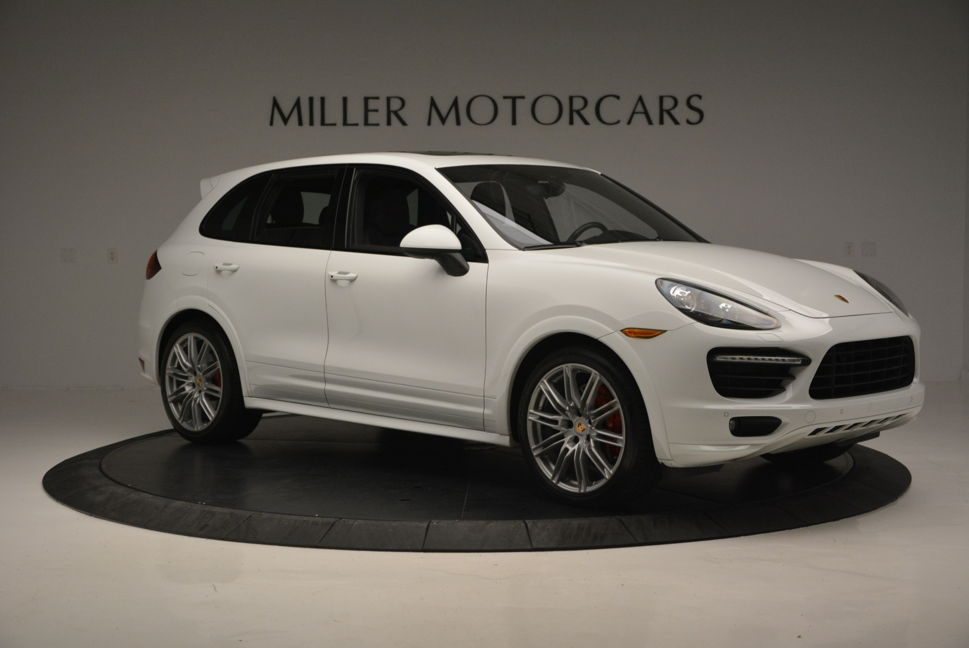 Used 2014 Porsche Cayenne GTS For Sale In Greenwich, CT 697_p10
