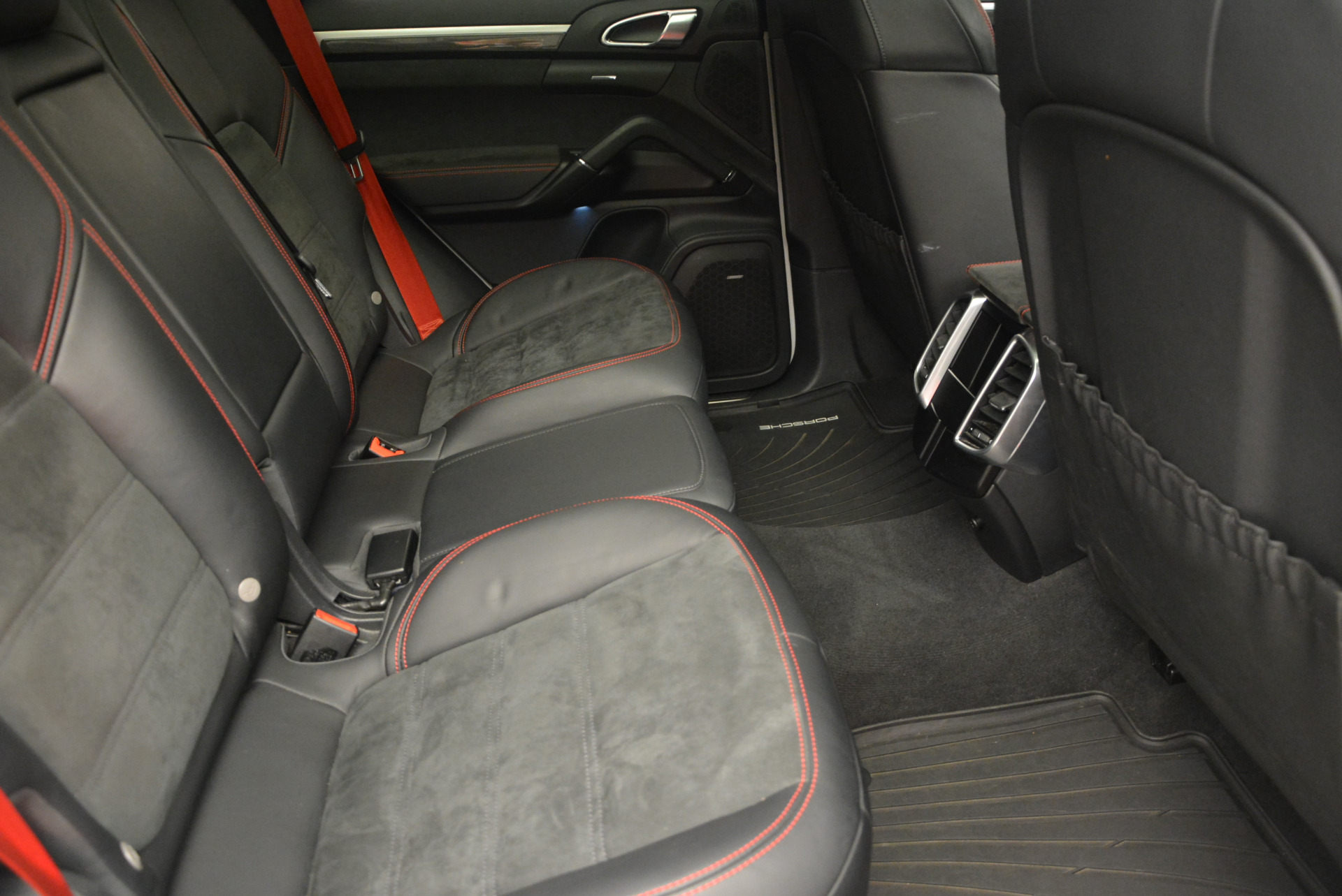 Used 2014 Porsche Cayenne GTS For Sale In Greenwich, CT 697_p29