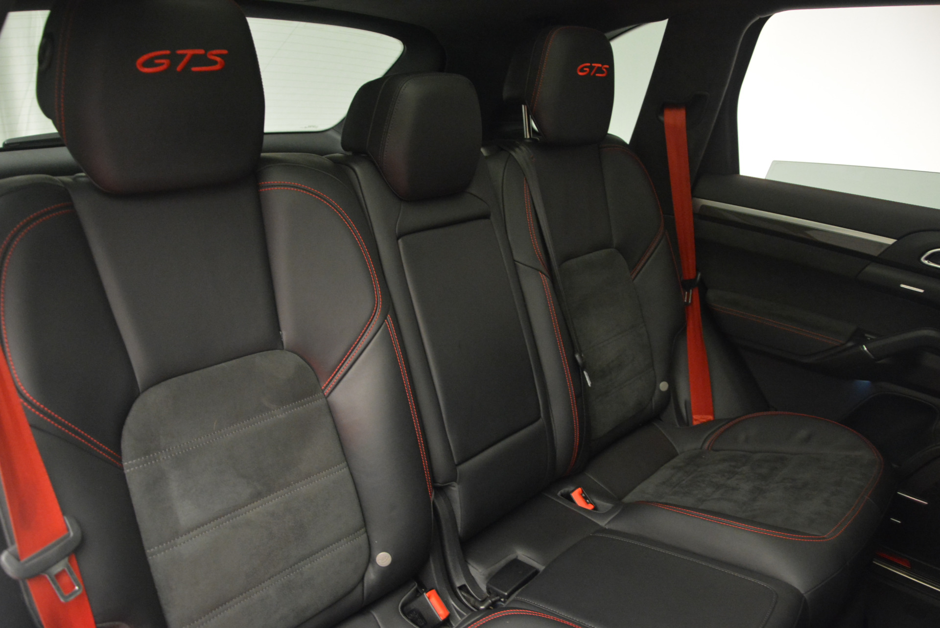 Used 2014 Porsche Cayenne GTS For Sale In Greenwich, CT 697_p30