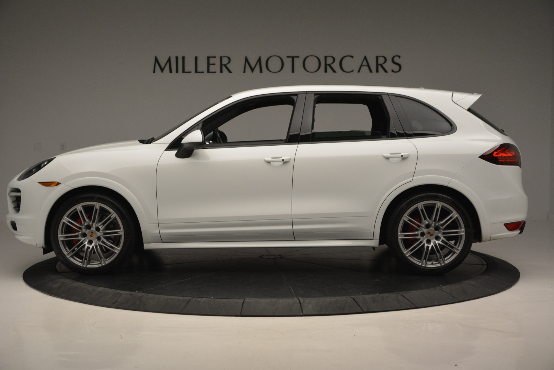Used 2014 Porsche Cayenne GTS For Sale In Greenwich, CT 697_p3