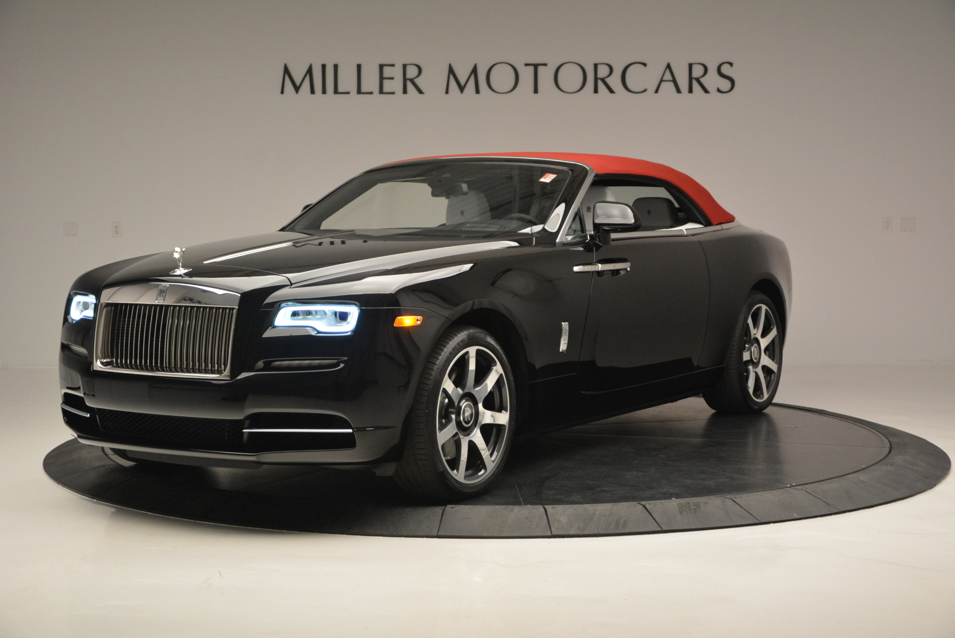 New 2017 Rolls-Royce Dawn  For Sale In Greenwich, CT 698_p15