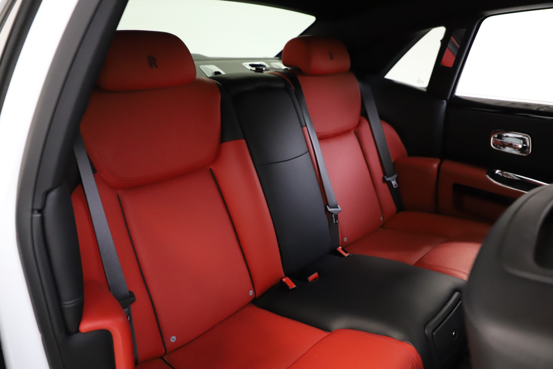 New 2017 Rolls-Royce Ghost  For Sale In Greenwich, CT 699_p18