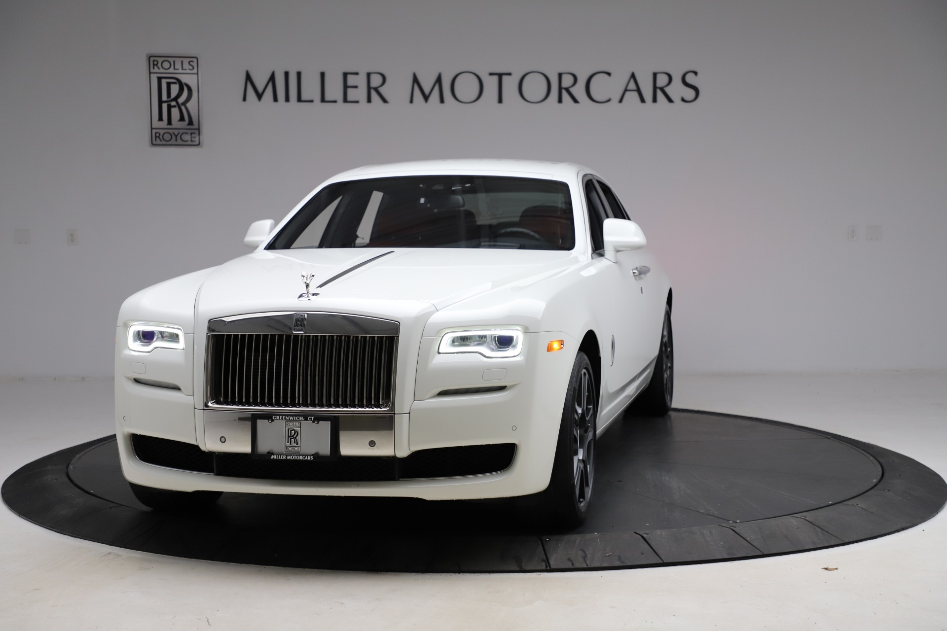 New 2017 Rolls-Royce Ghost  For Sale In Greenwich, CT 699_p2