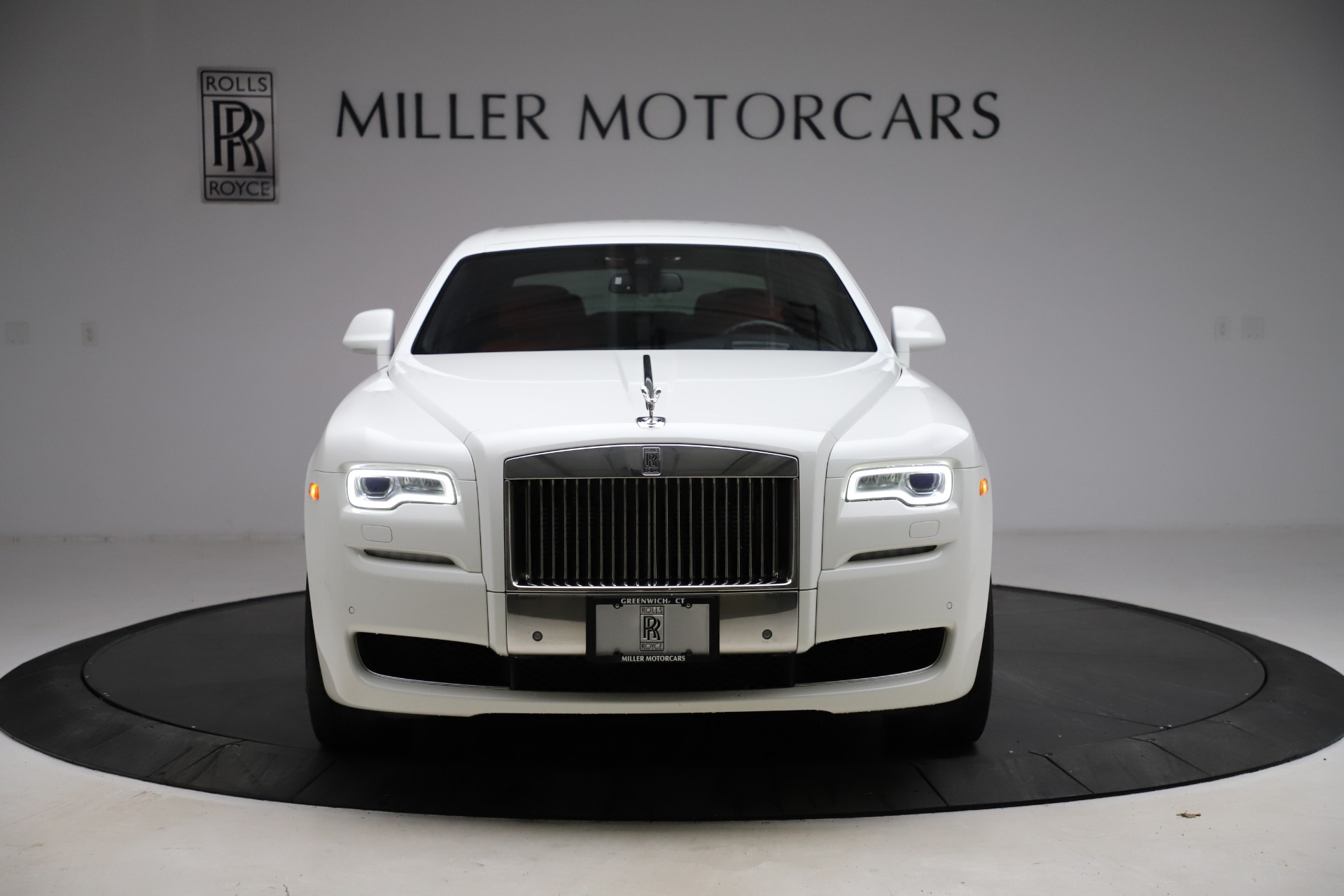 New 2017 Rolls-Royce Ghost  For Sale In Greenwich, CT 699_p3