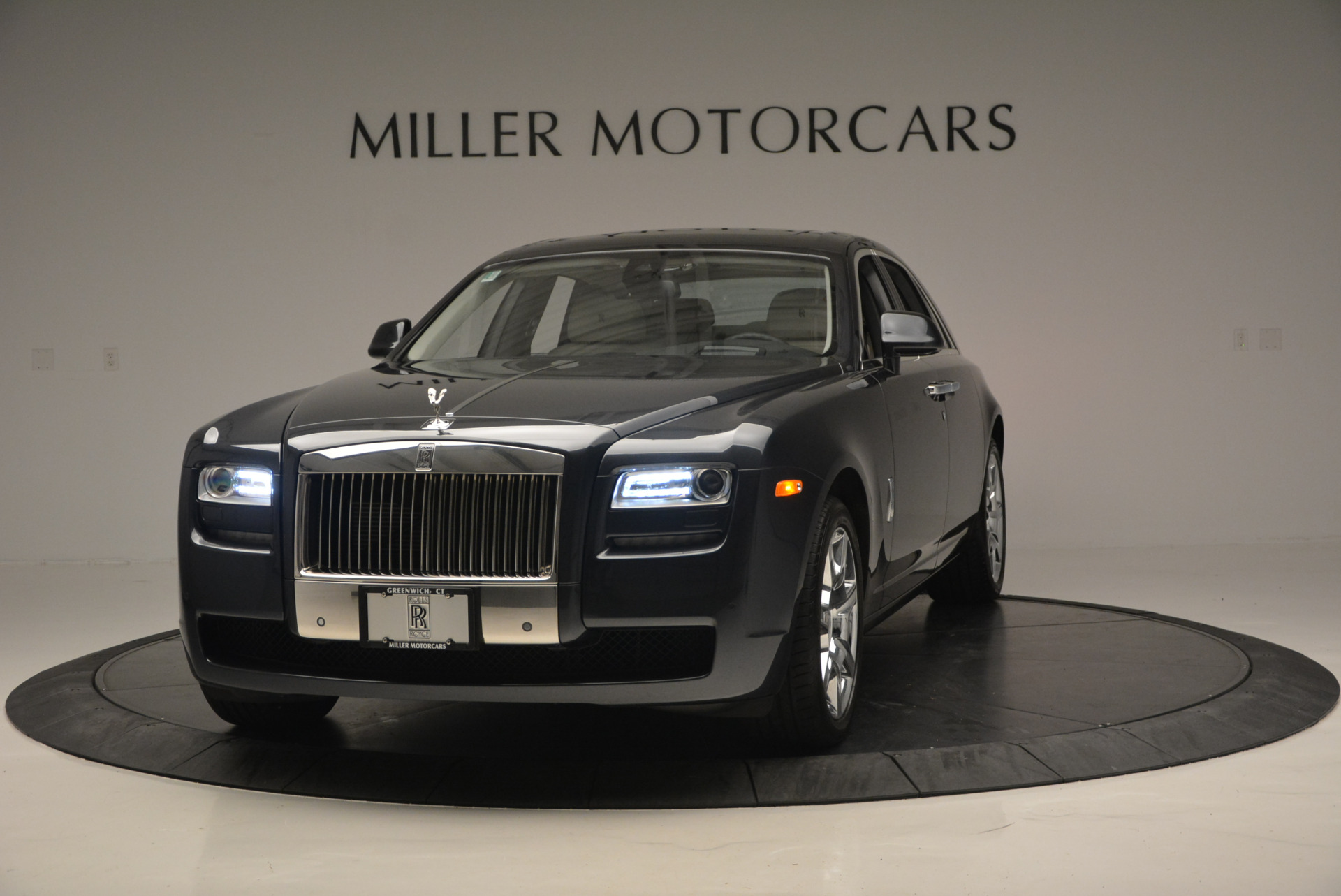 Used 2013 Rolls-Royce Ghost  For Sale In Greenwich, CT 702_main