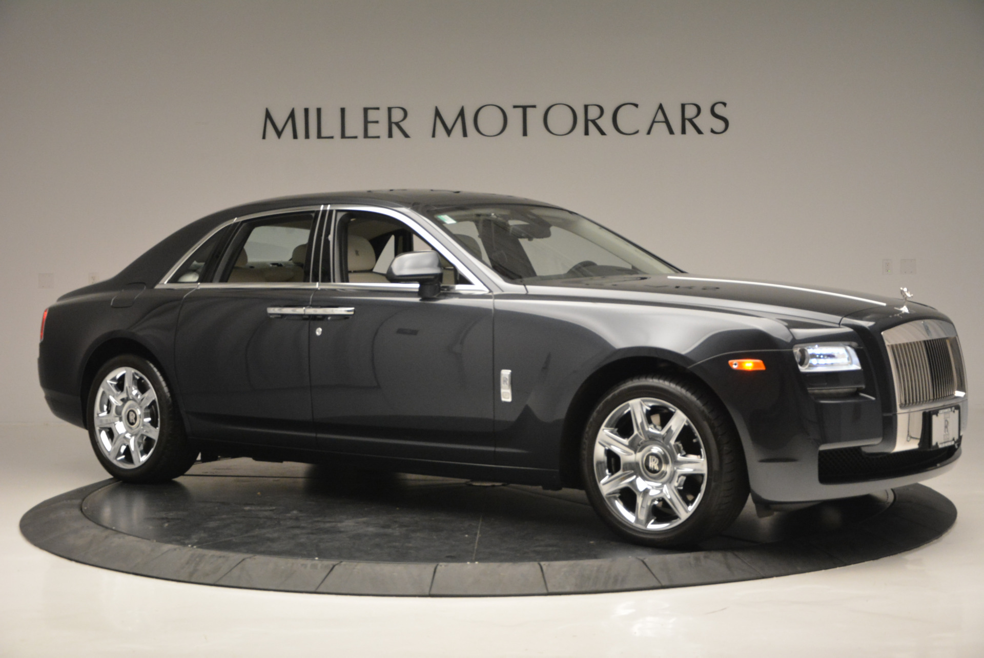Used 2013 Rolls-Royce Ghost  For Sale In Greenwich, CT 702_p11