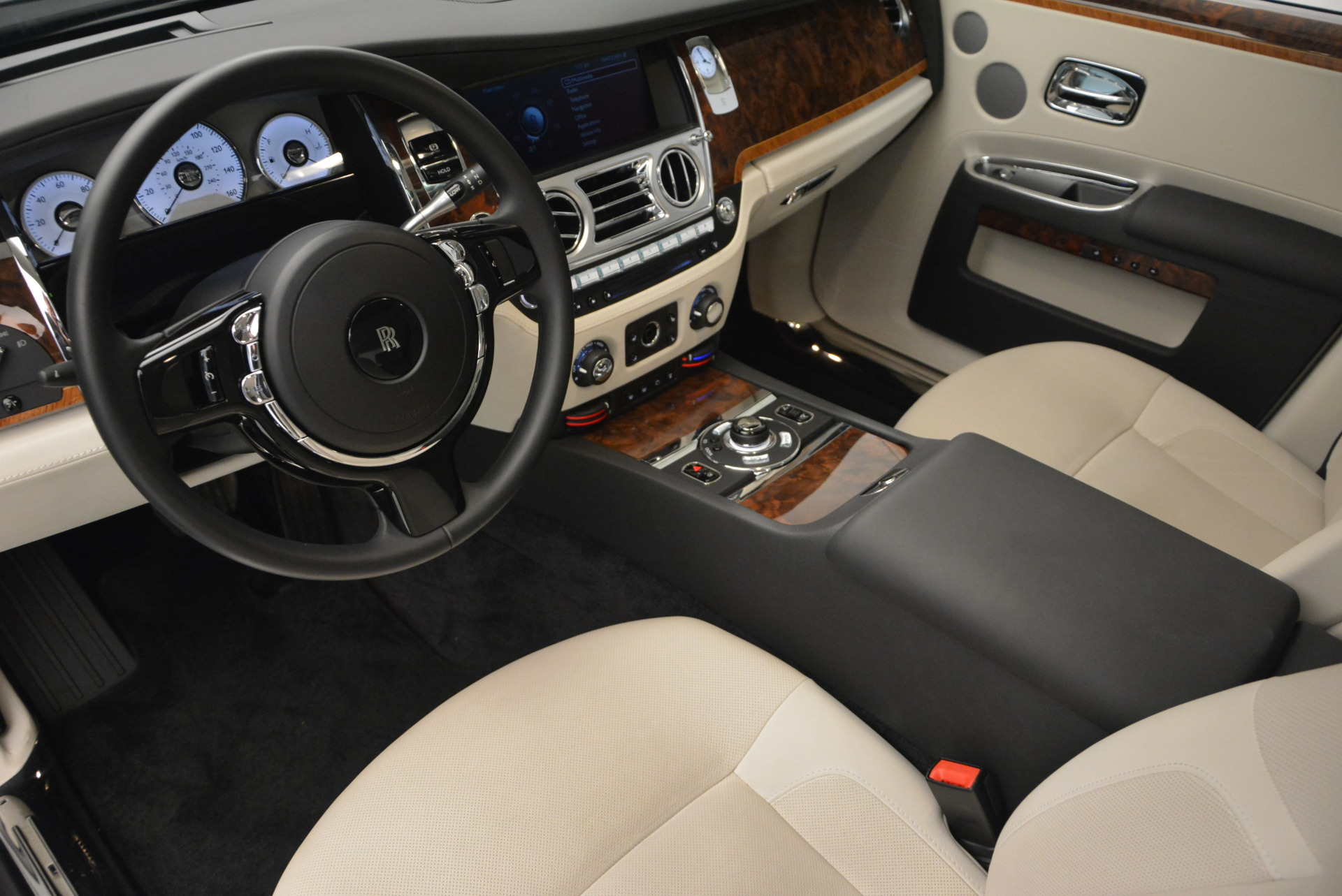 Used 2013 Rolls-Royce Ghost  For Sale In Greenwich, CT 702_p17