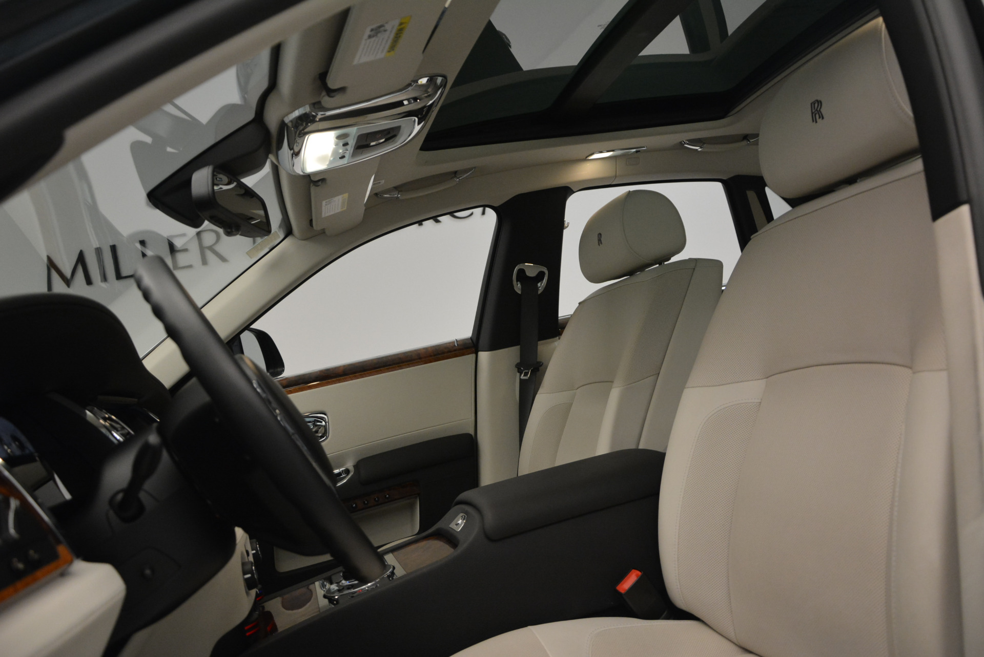 Used 2013 Rolls-Royce Ghost  For Sale In Greenwich, CT 702_p20