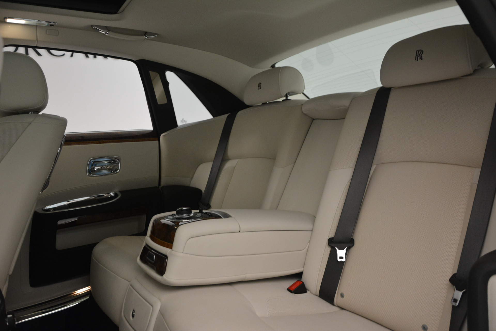 Used 2013 Rolls-Royce Ghost  For Sale In Greenwich, CT 702_p22
