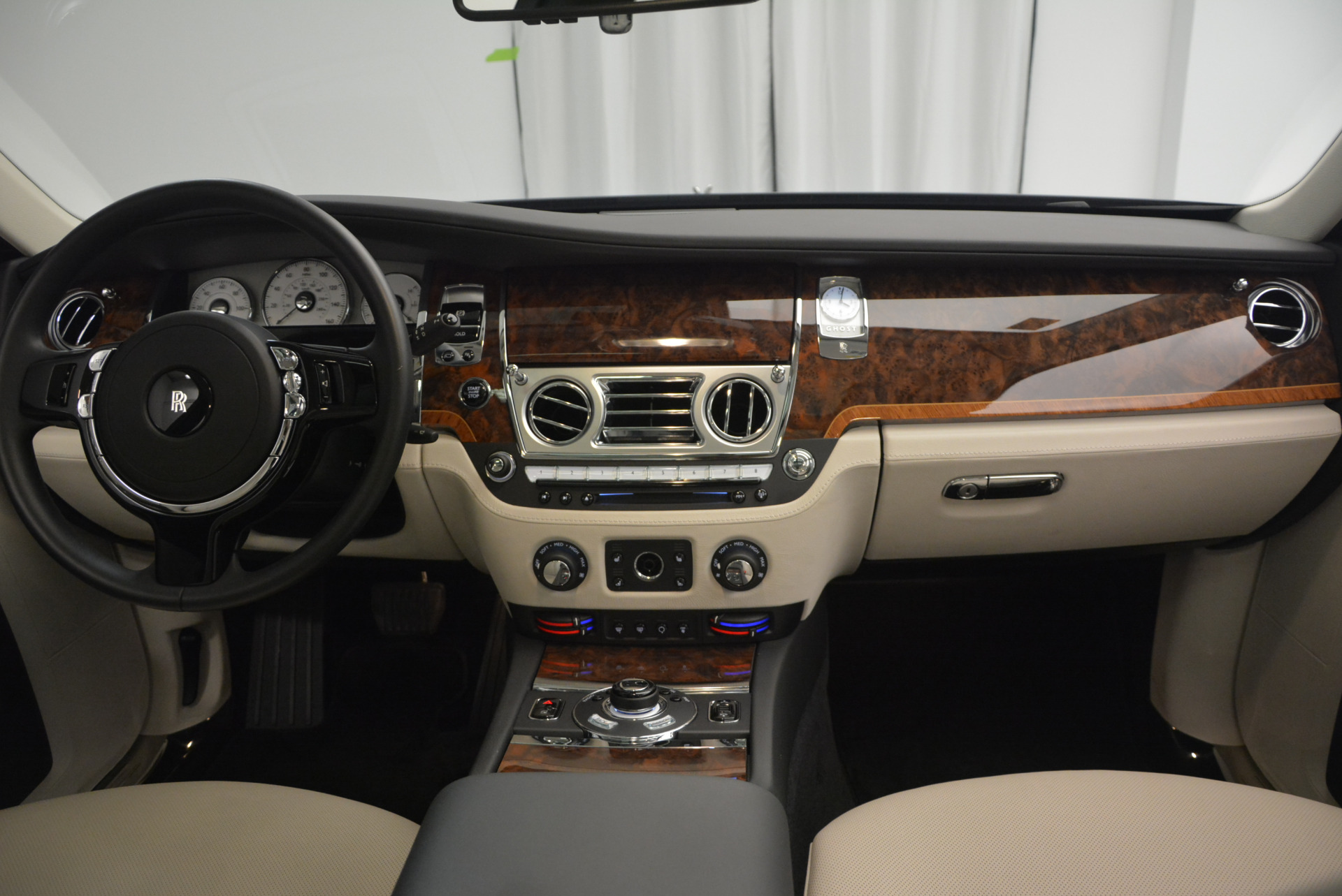 Used 2013 Rolls-Royce Ghost  For Sale In Greenwich, CT 702_p38