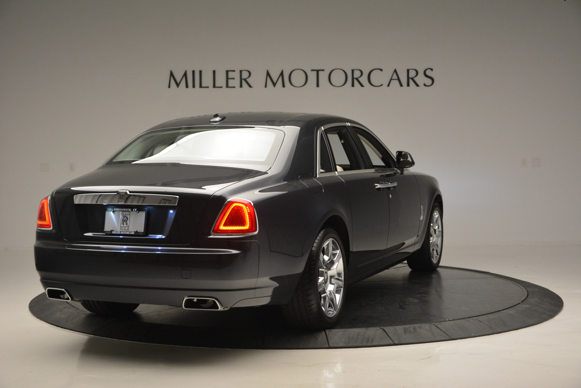 Used 2013 Rolls-Royce Ghost  For Sale In Greenwich, CT 702_p8