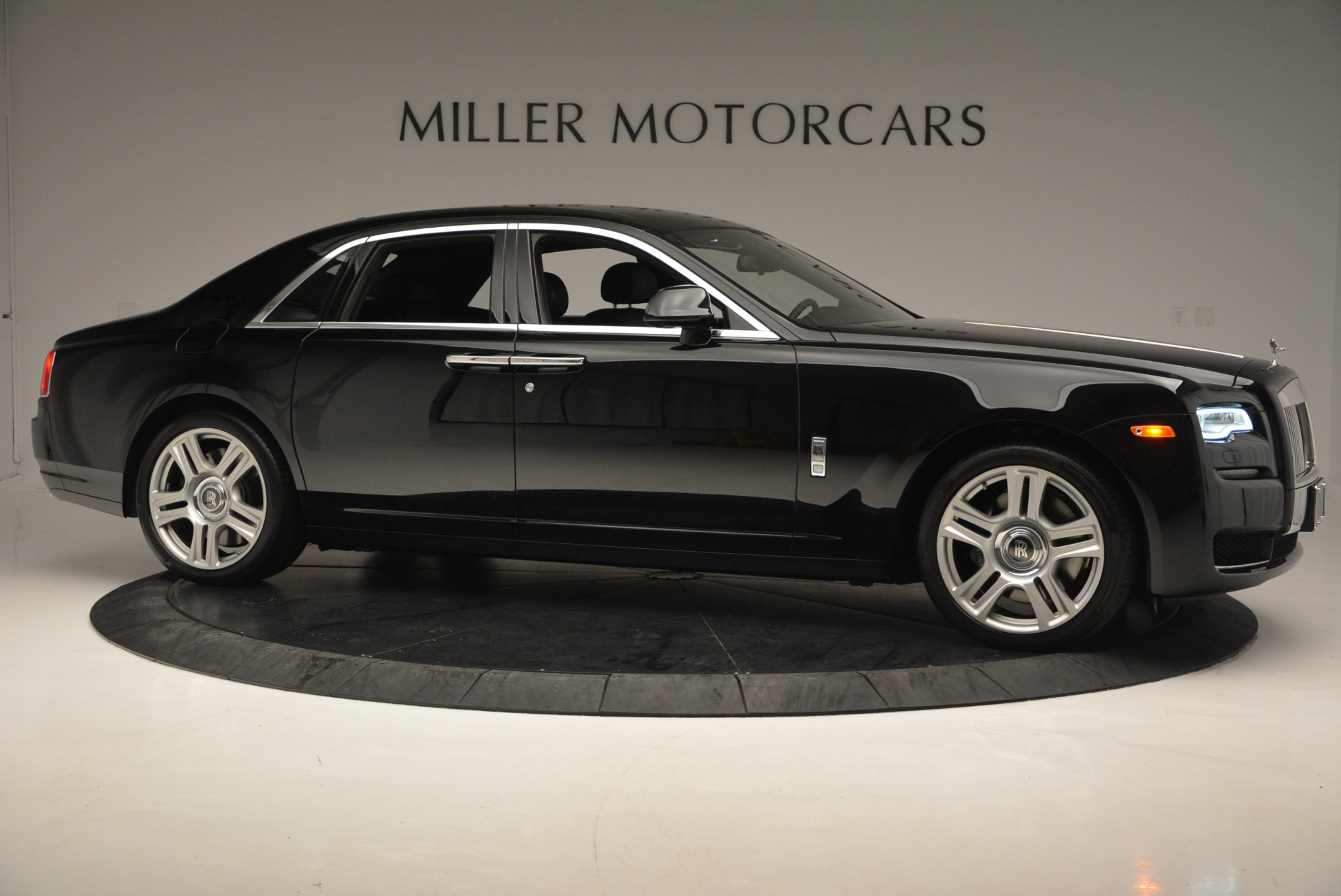 Used 2016 Rolls-Royce Ghost Series II  For Sale In Greenwich, CT 703_p10