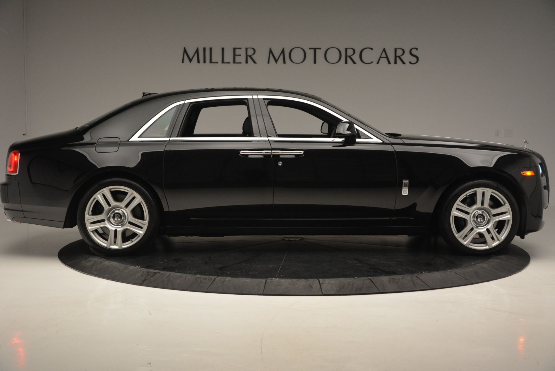 Used 2016 Rolls-Royce Ghost Series II  For Sale In Greenwich, CT 703_p9