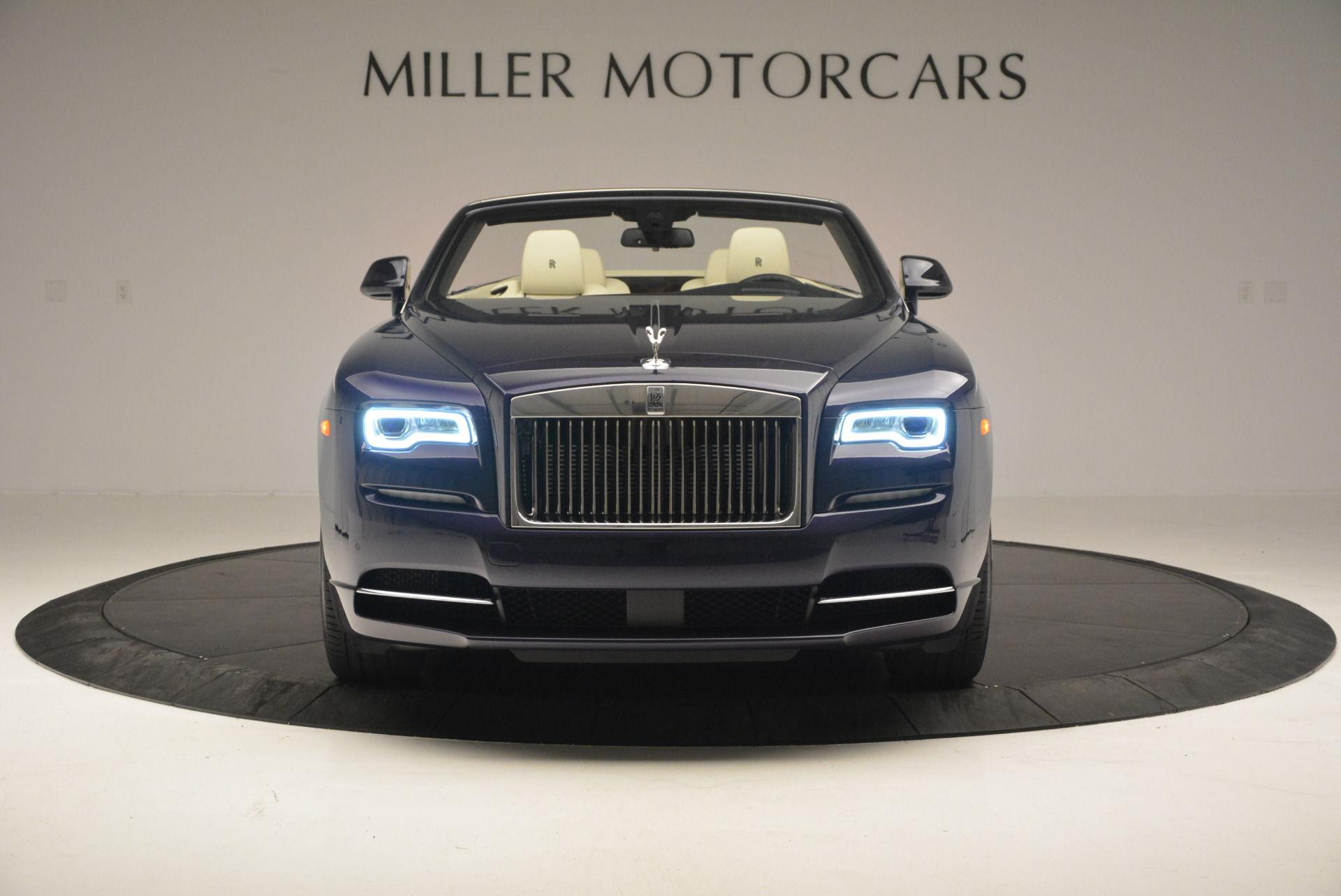 New 2016 Rolls-Royce Dawn  For Sale In Greenwich, CT 704_p13