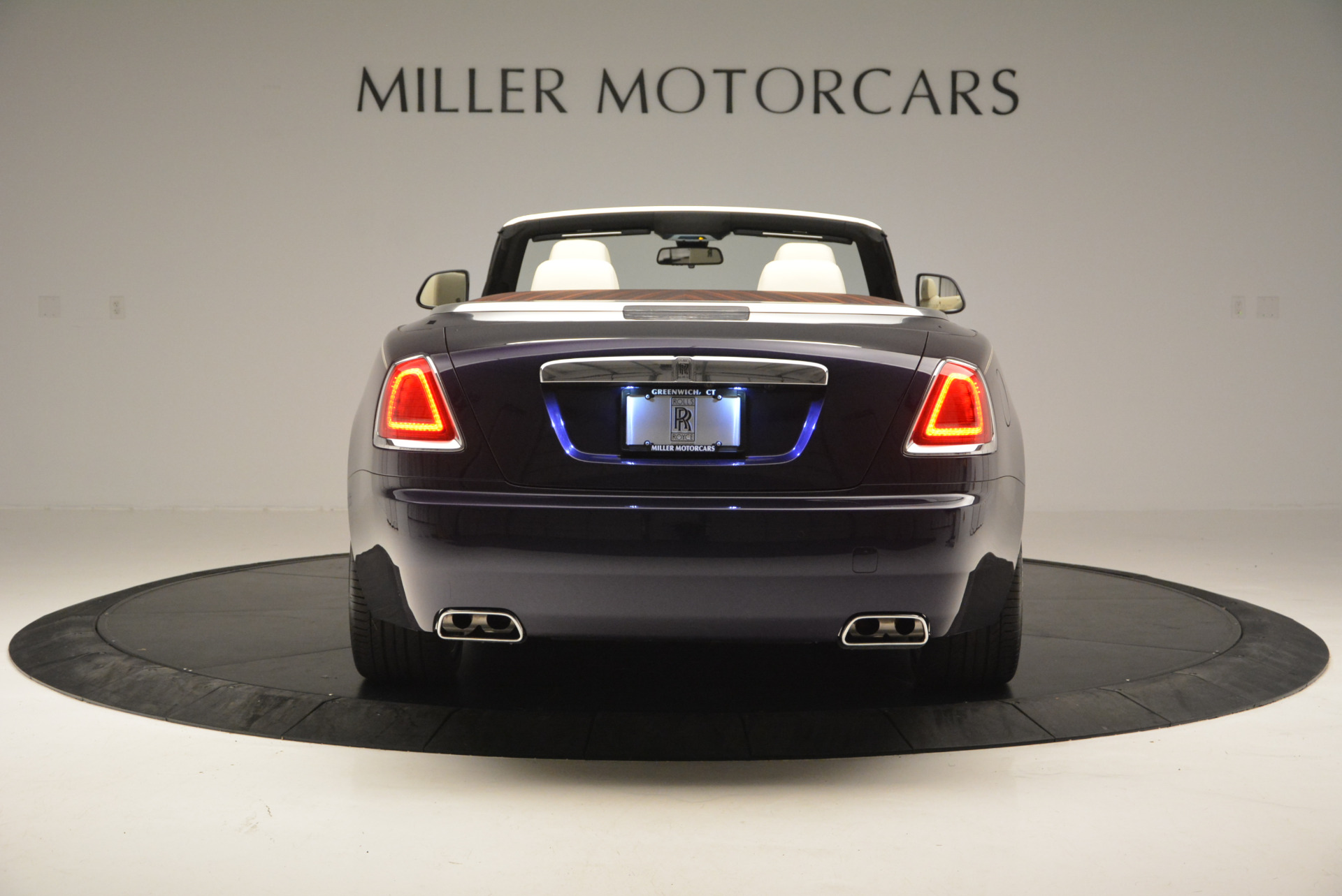 New 2016 Rolls-Royce Dawn  For Sale In Greenwich, CT 704_p8