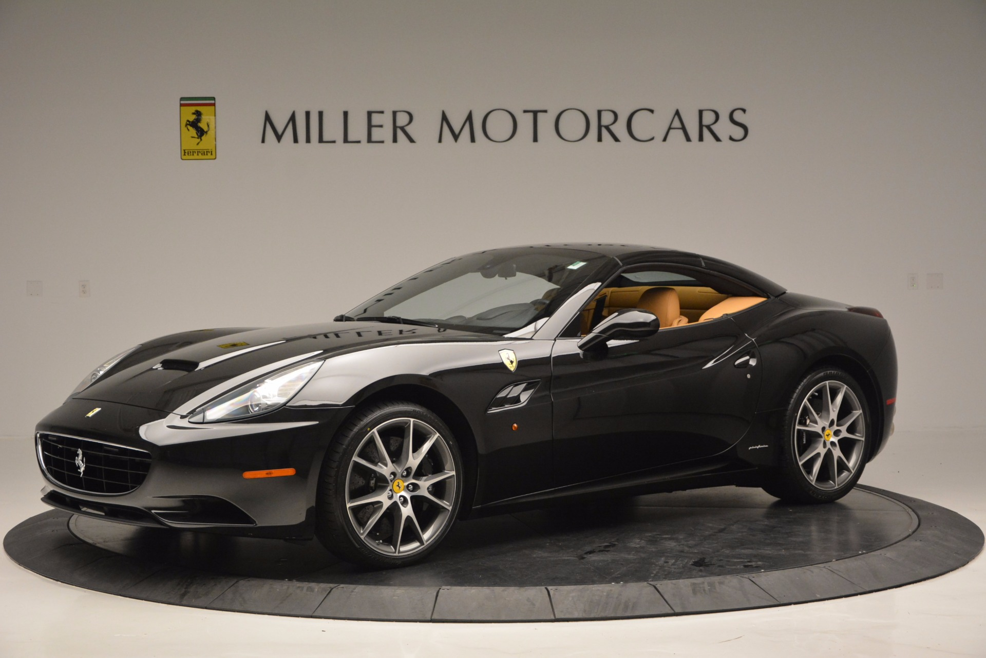 Used 2010 Ferrari California  For Sale In Greenwich, CT 705_p14