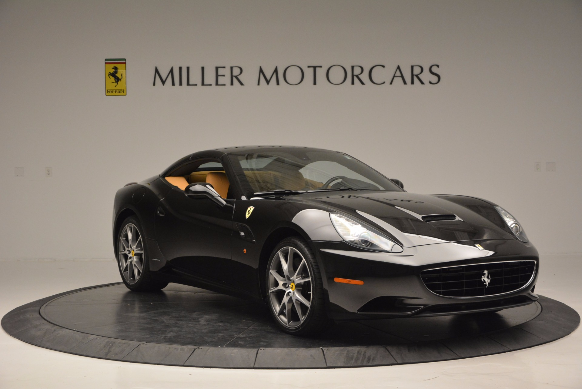 Used 2010 Ferrari California  For Sale In Greenwich, CT 705_p23