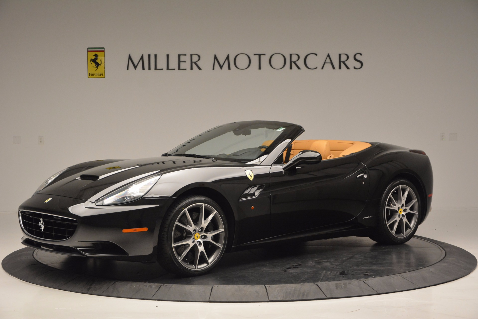 Used 2010 Ferrari California  For Sale In Greenwich, CT 705_p2