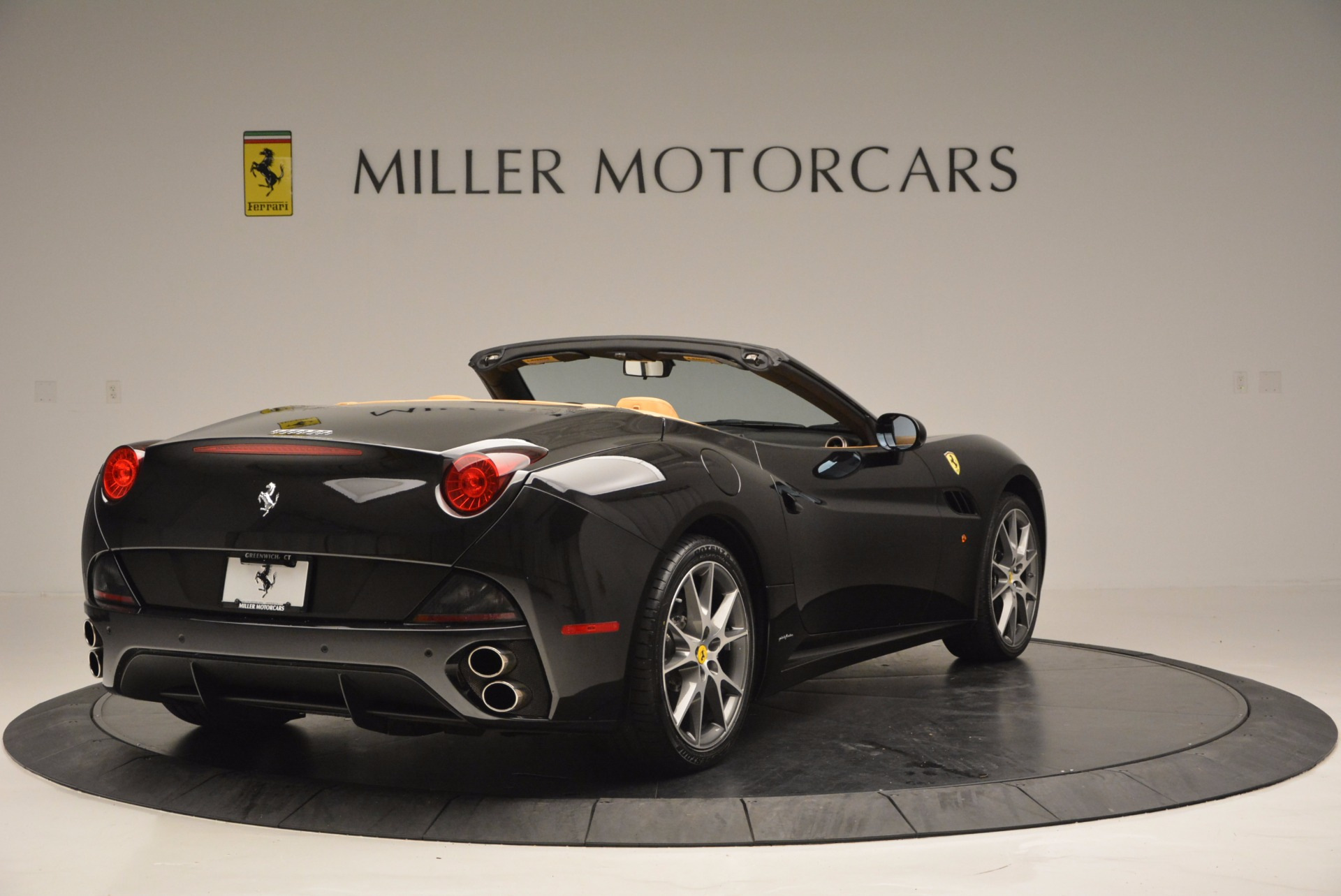Used 2010 Ferrari California  For Sale In Greenwich, CT 705_p7
