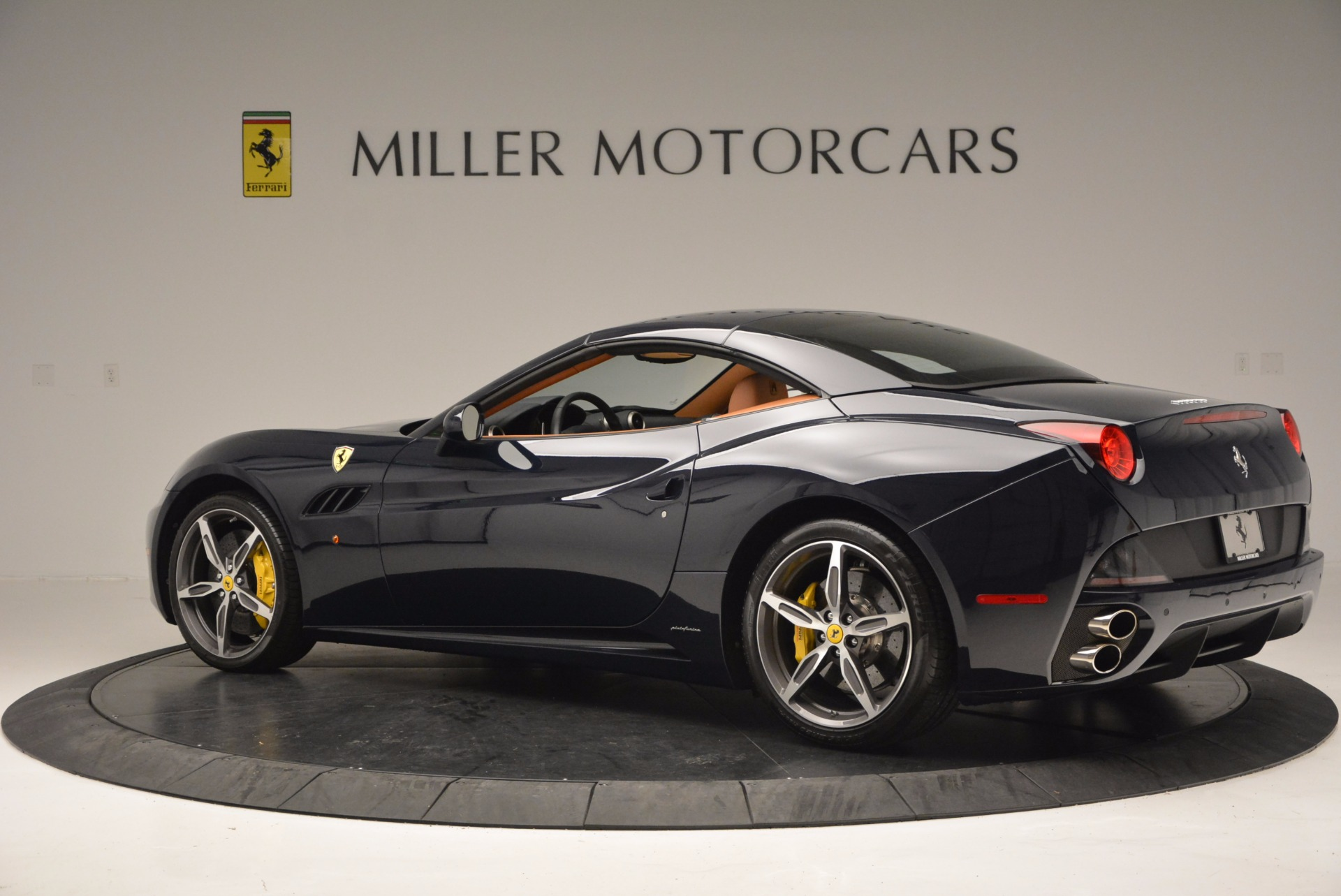 Used 2013 Ferrari California 30 For Sale In Greenwich, CT 708_p16