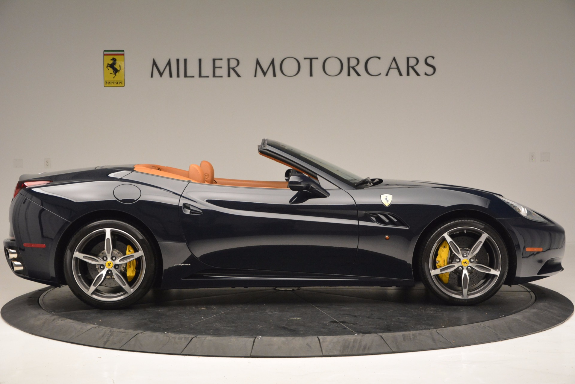 Used 2013 Ferrari California 30 For Sale In Greenwich, CT 708_p9