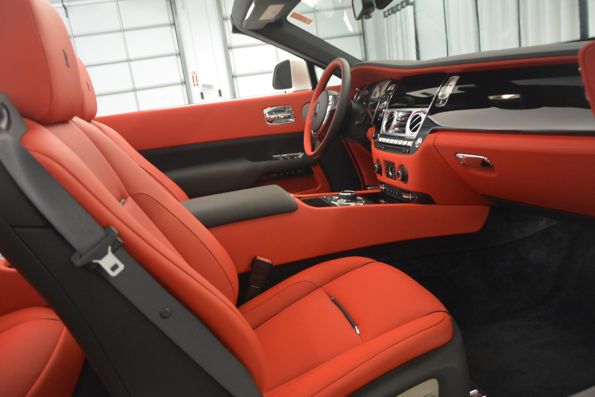 New 2017 Rolls-Royce Dawn  For Sale In Greenwich, CT 710_p33