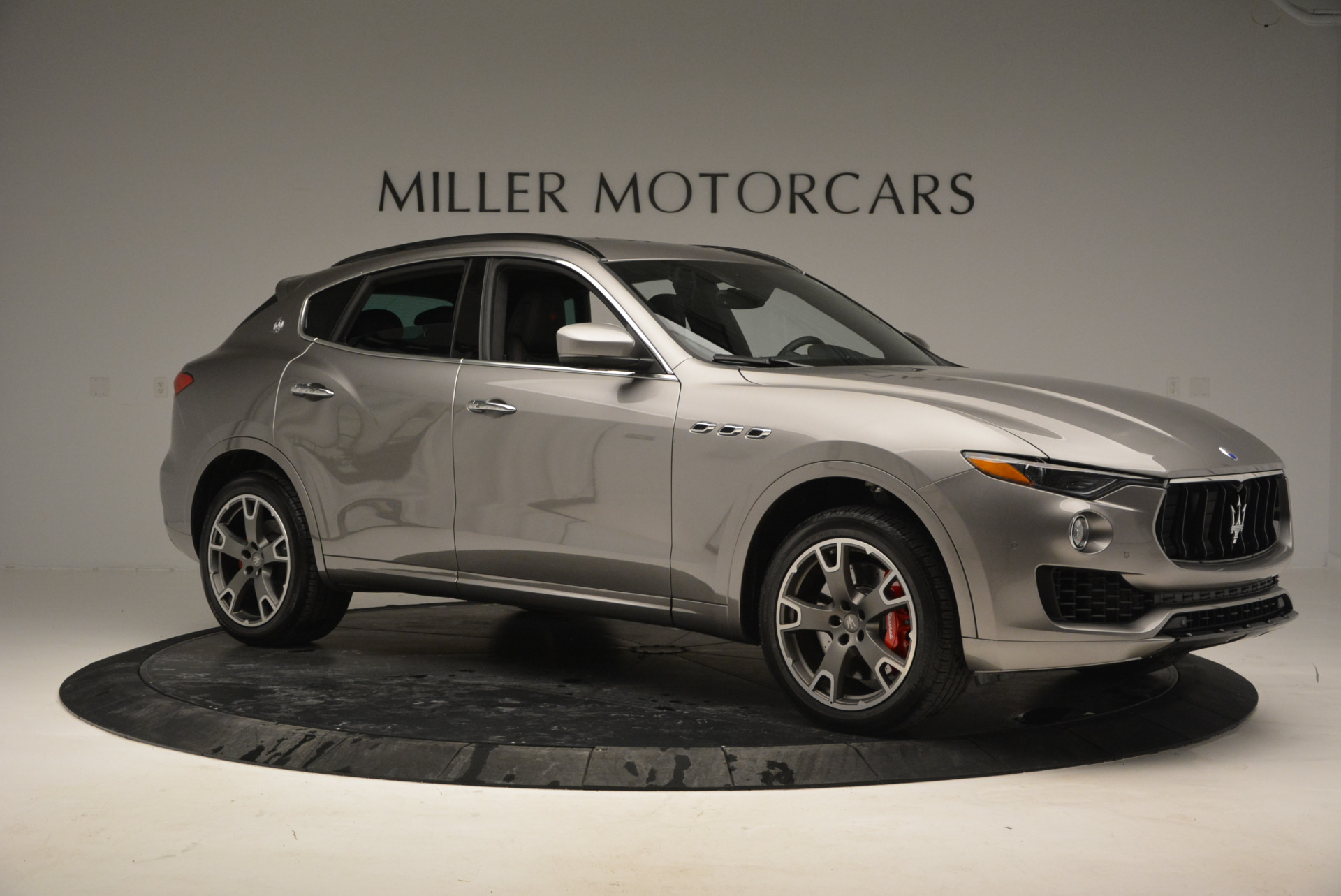 New 2017 Maserati Levante S For Sale In Greenwich, CT 720_p10