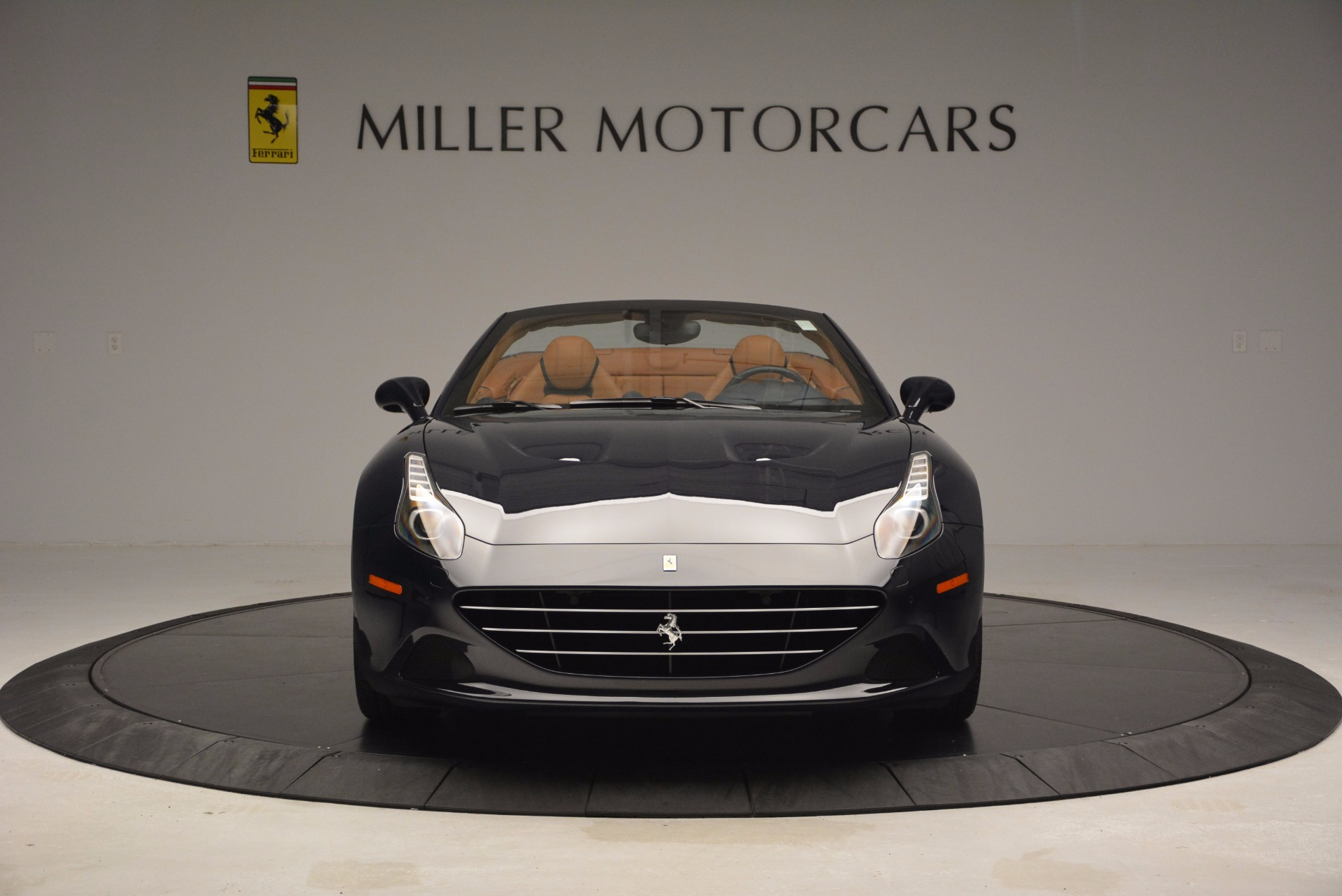 Used 2015 Ferrari California T  For Sale In Greenwich, CT 737_p12