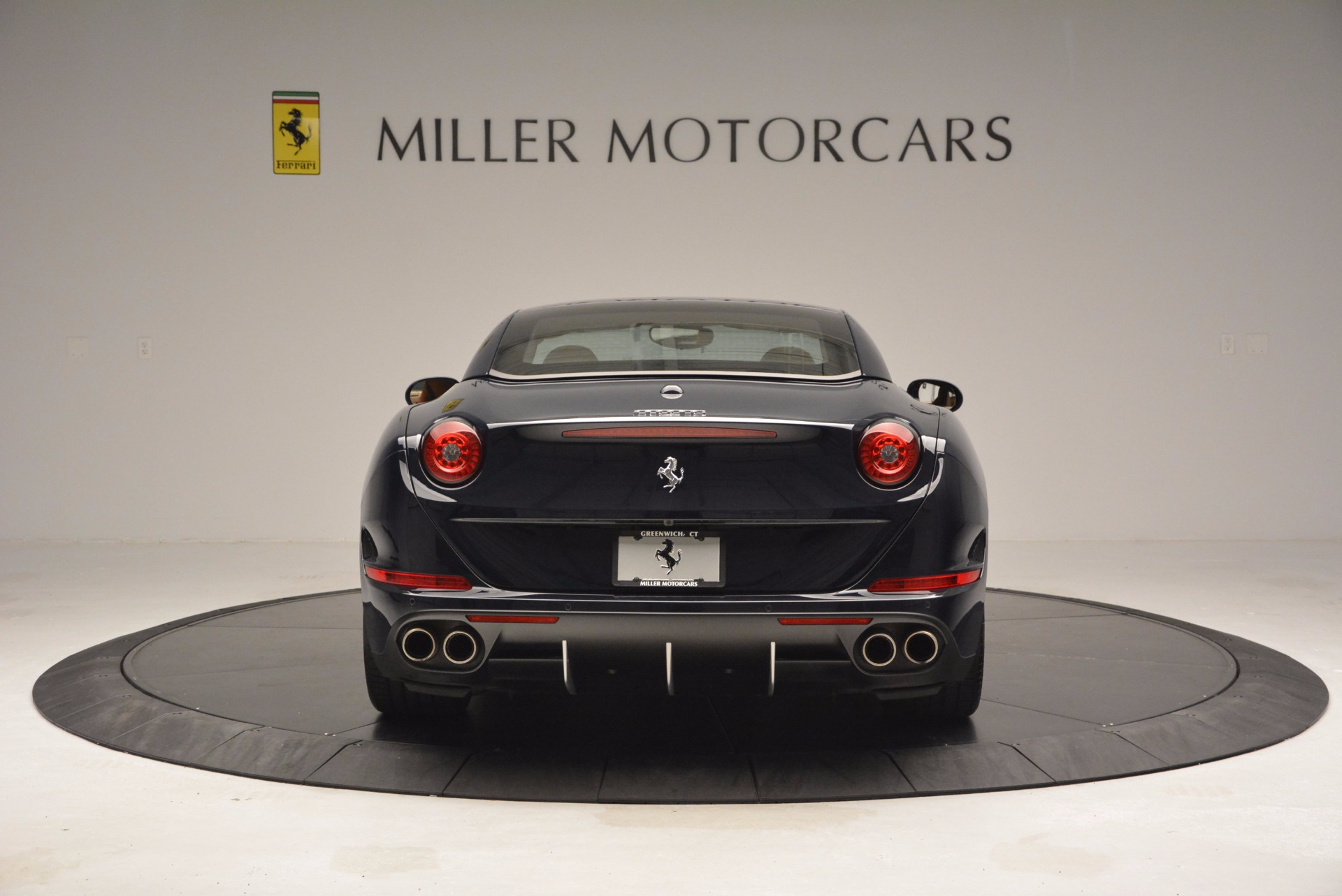 Used 2015 Ferrari California T  For Sale In Greenwich, CT 737_p18