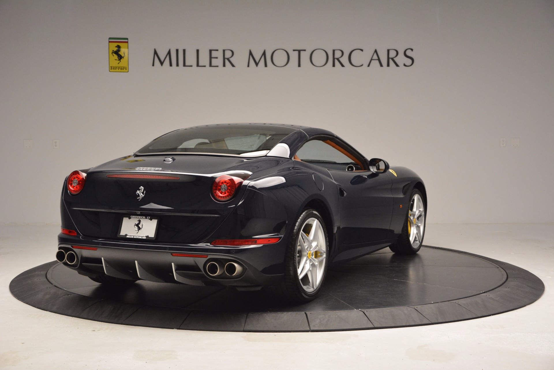 Used 2015 Ferrari California T  For Sale In Greenwich, CT 737_p19