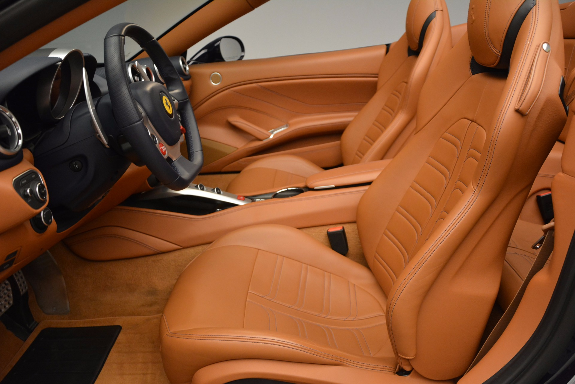 Used 2015 Ferrari California T  For Sale In Greenwich, CT 737_p26