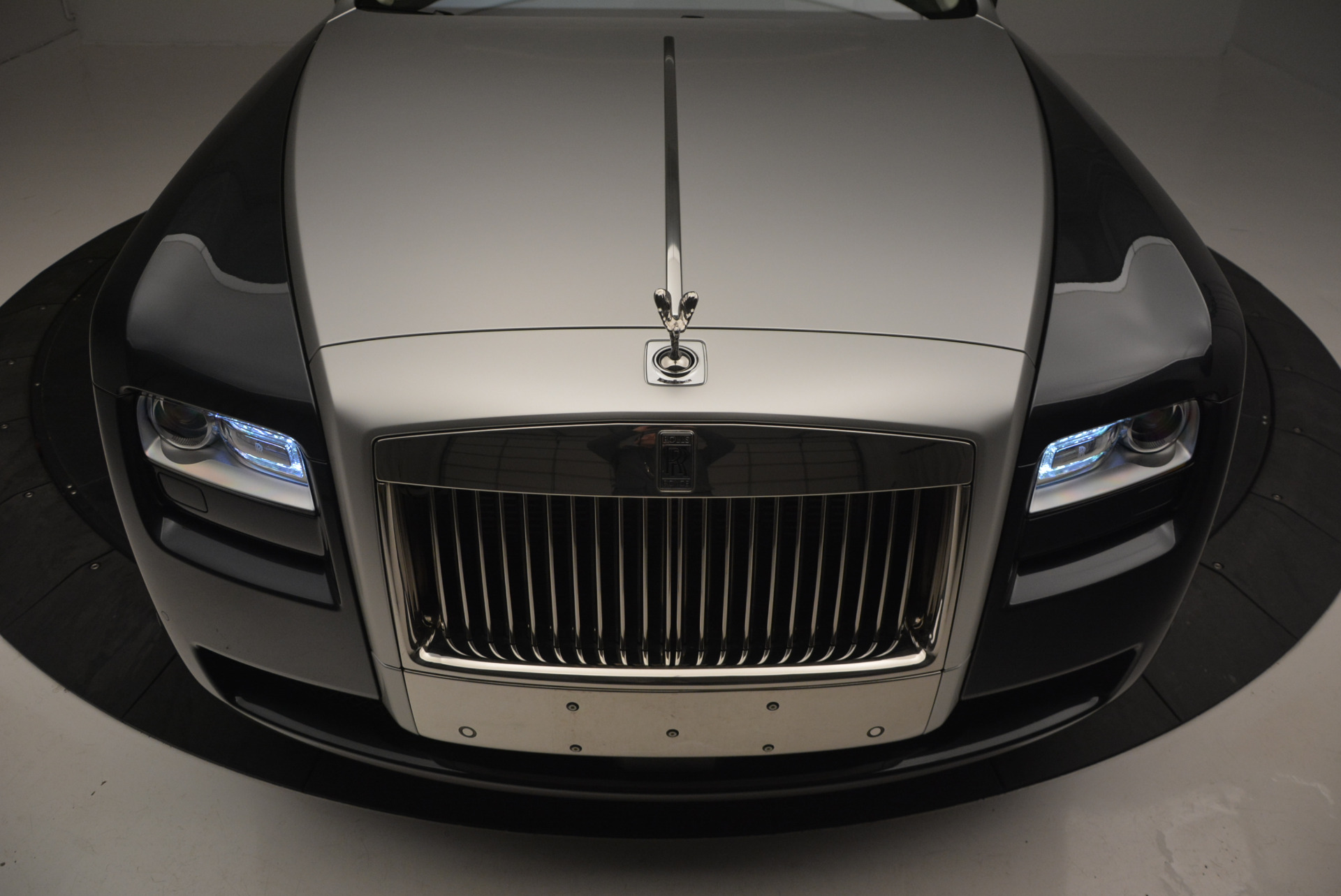 Used 2013 Rolls-Royce Ghost  For Sale In Greenwich, CT 739_p15