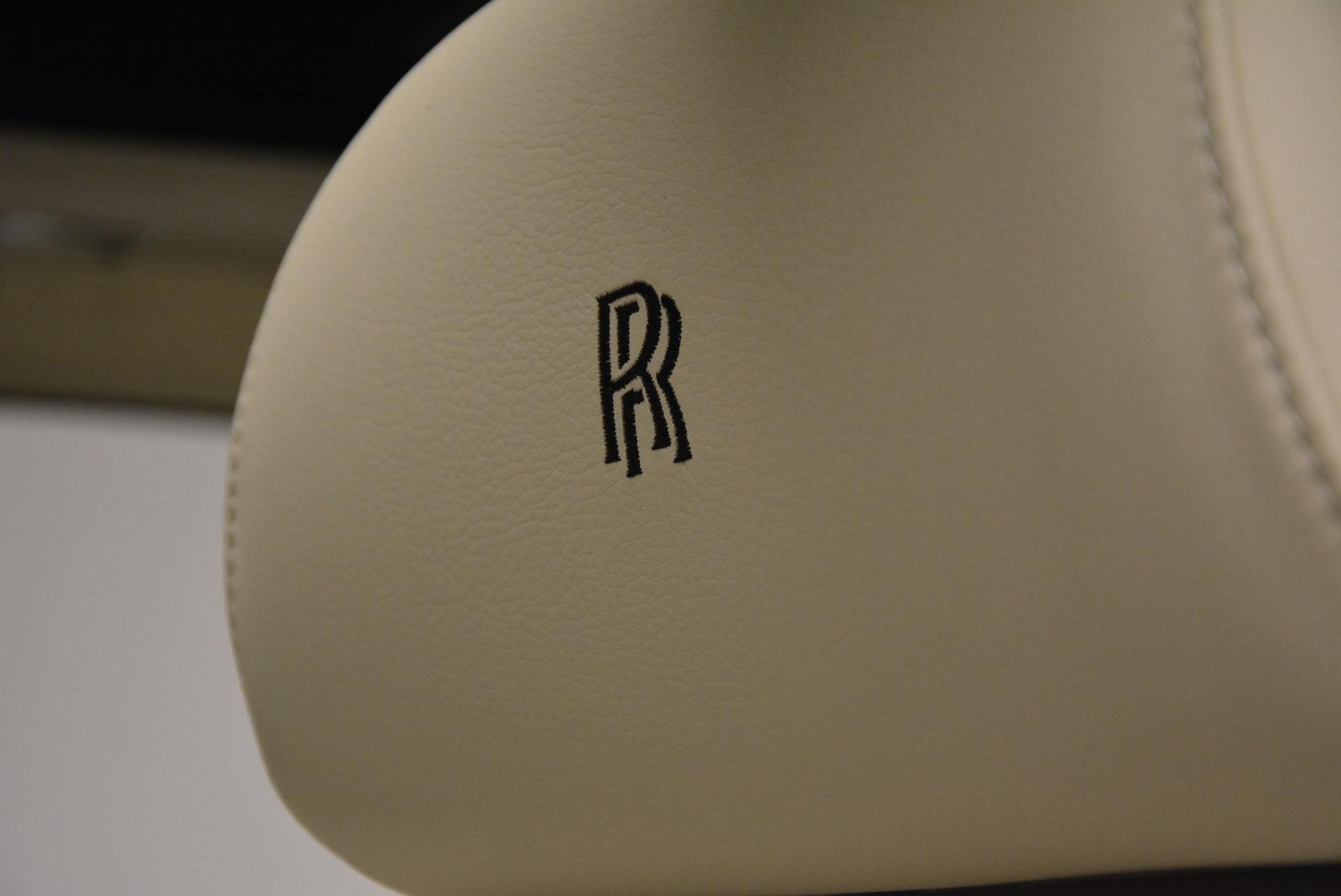 Used 2013 Rolls-Royce Ghost  For Sale In Greenwich, CT 739_p28