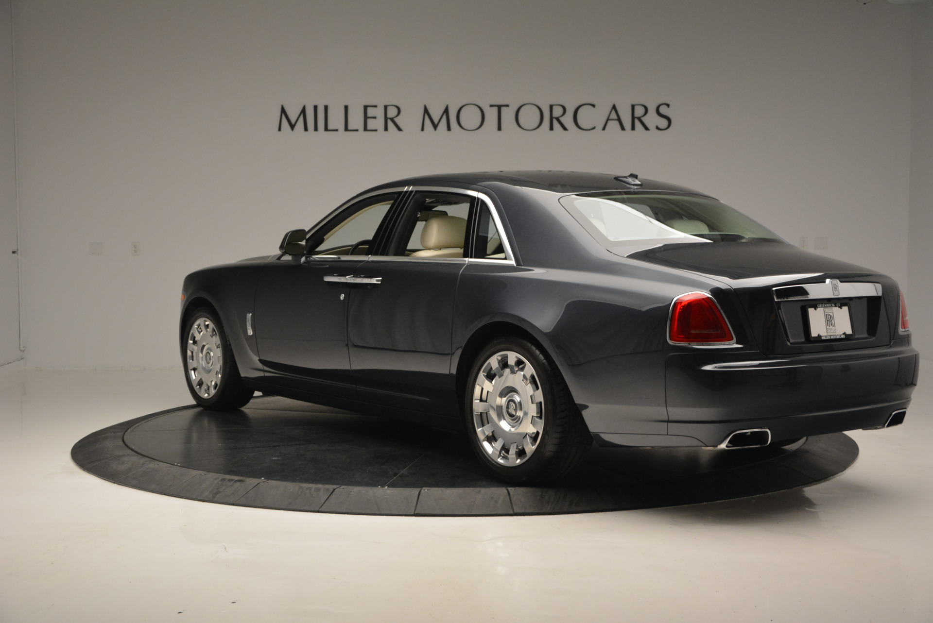 Used 2013 Rolls-Royce Ghost  For Sale In Greenwich, CT 739_p6