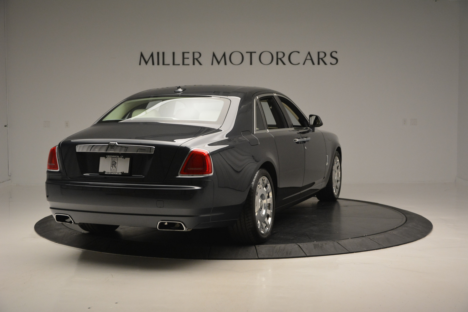 Used 2013 Rolls-Royce Ghost  For Sale In Greenwich, CT 739_p8