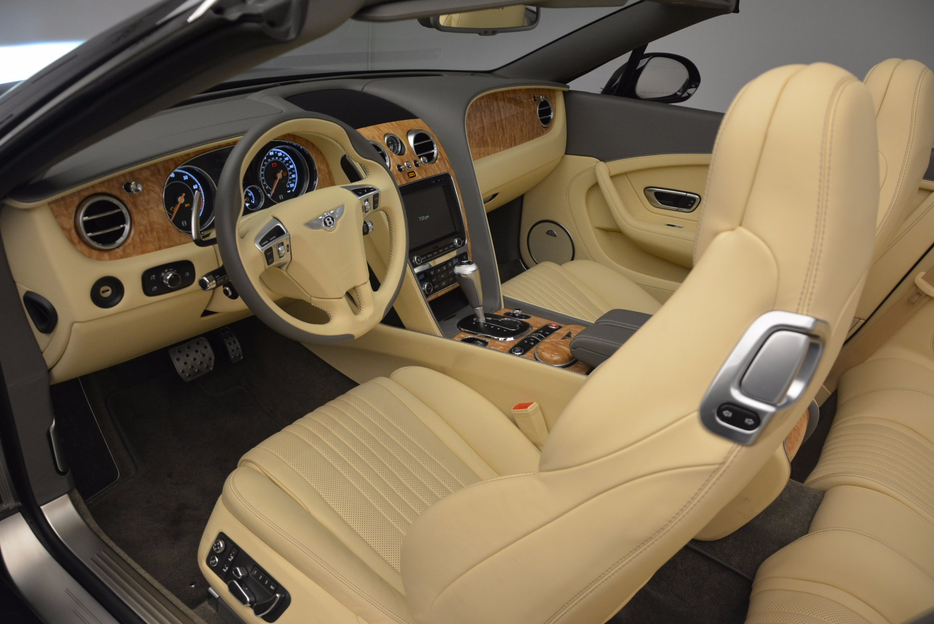 Used 2017 Bentley Continental GT V8 S For Sale In Greenwich, CT 740_p26