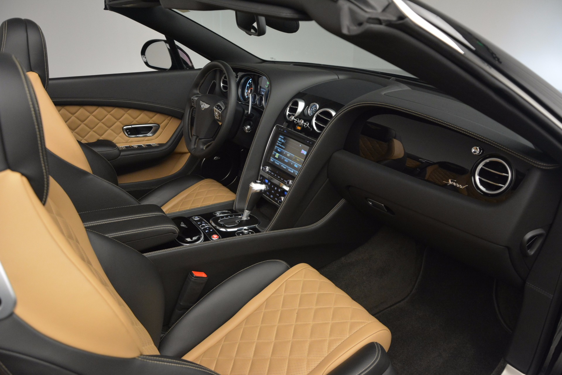 Used 2016 Bentley Continental GT Speed Convertible  For Sale In Greenwich, CT 741_p44