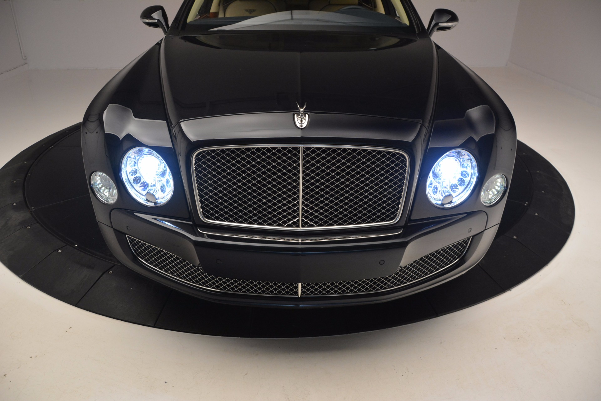 Used 2016 Bentley Mulsanne  For Sale In Greenwich, CT 742_p12