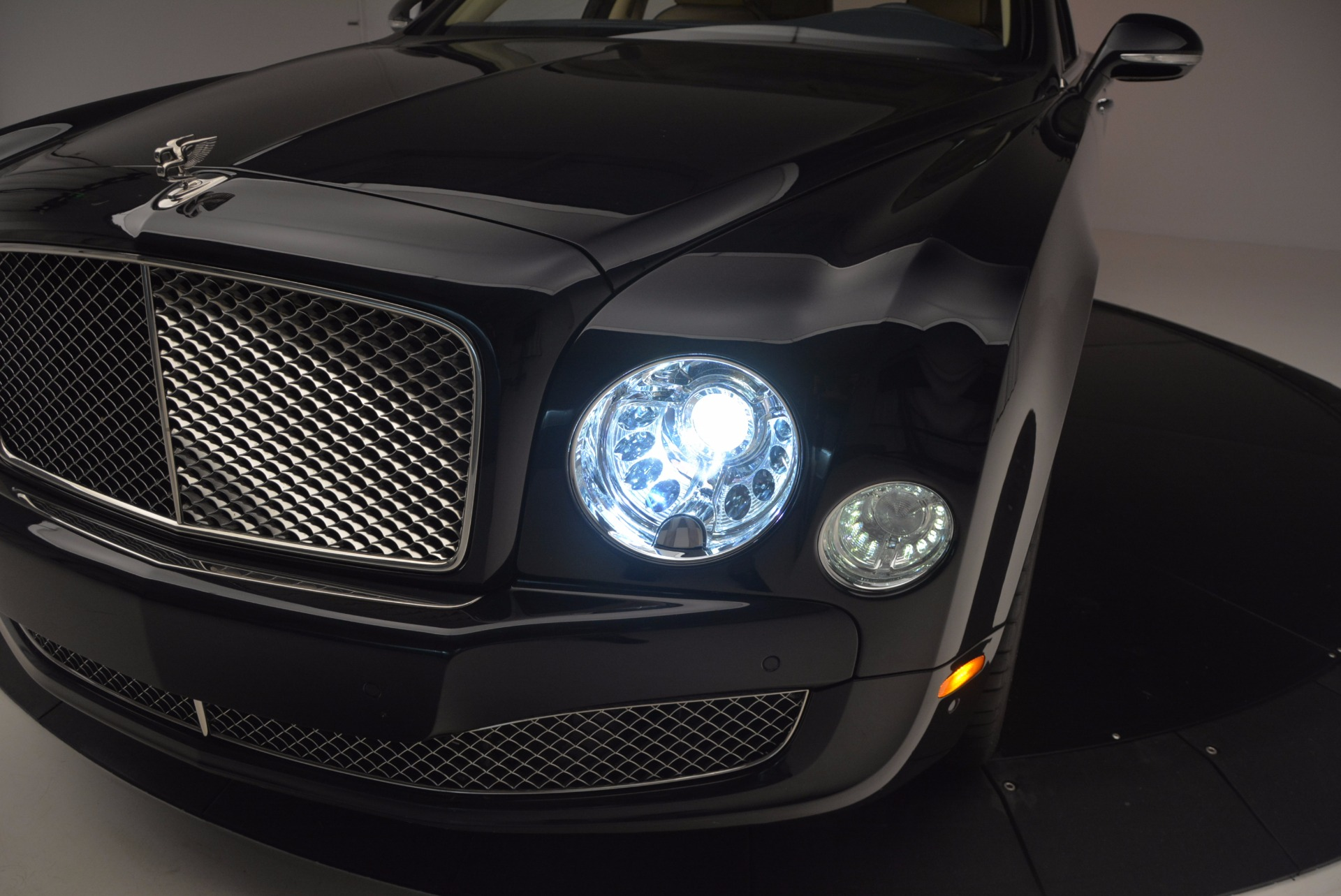 Used 2016 Bentley Mulsanne  For Sale In Greenwich, CT 742_p13