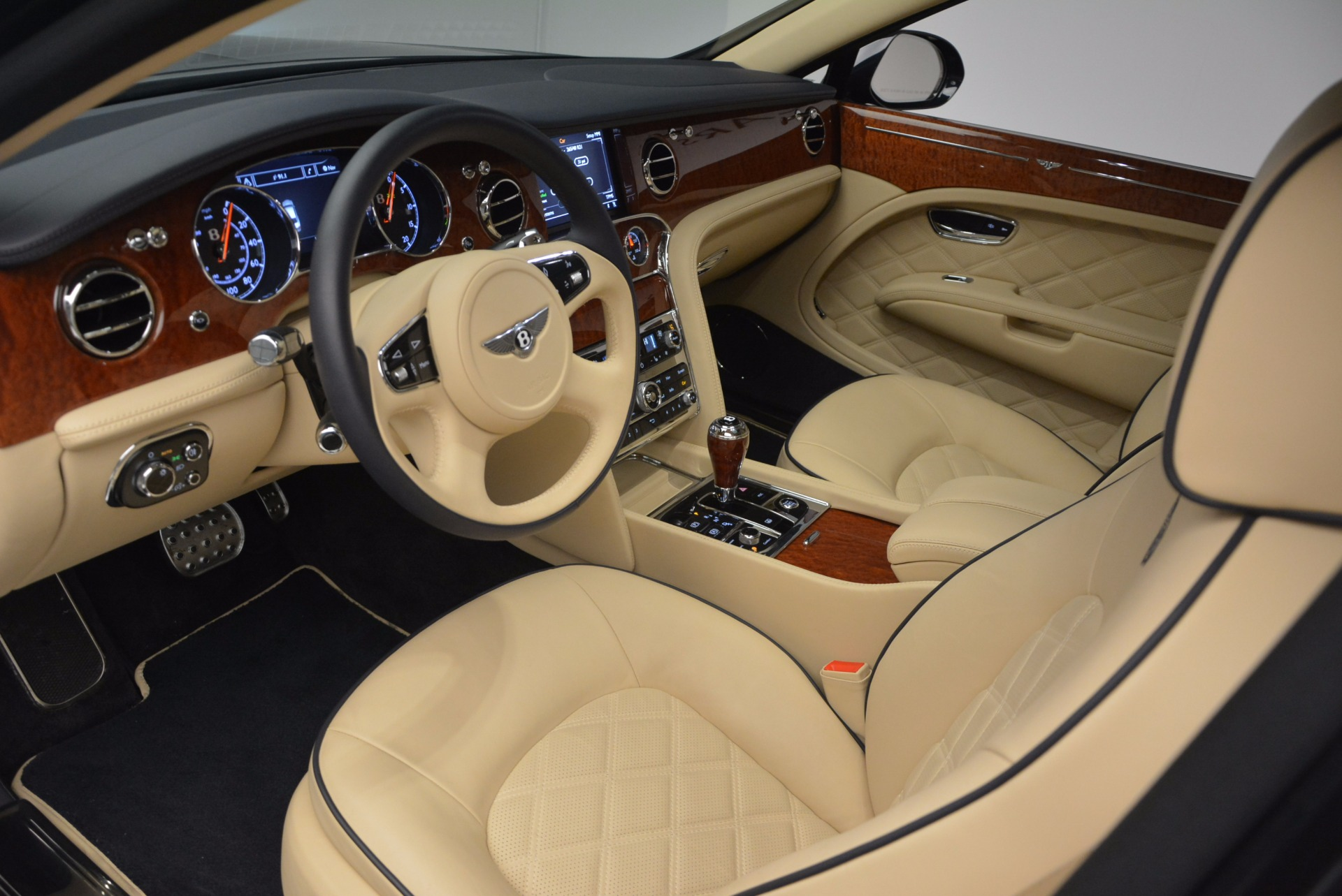 Used 2016 Bentley Mulsanne  For Sale In Greenwich, CT 742_p20