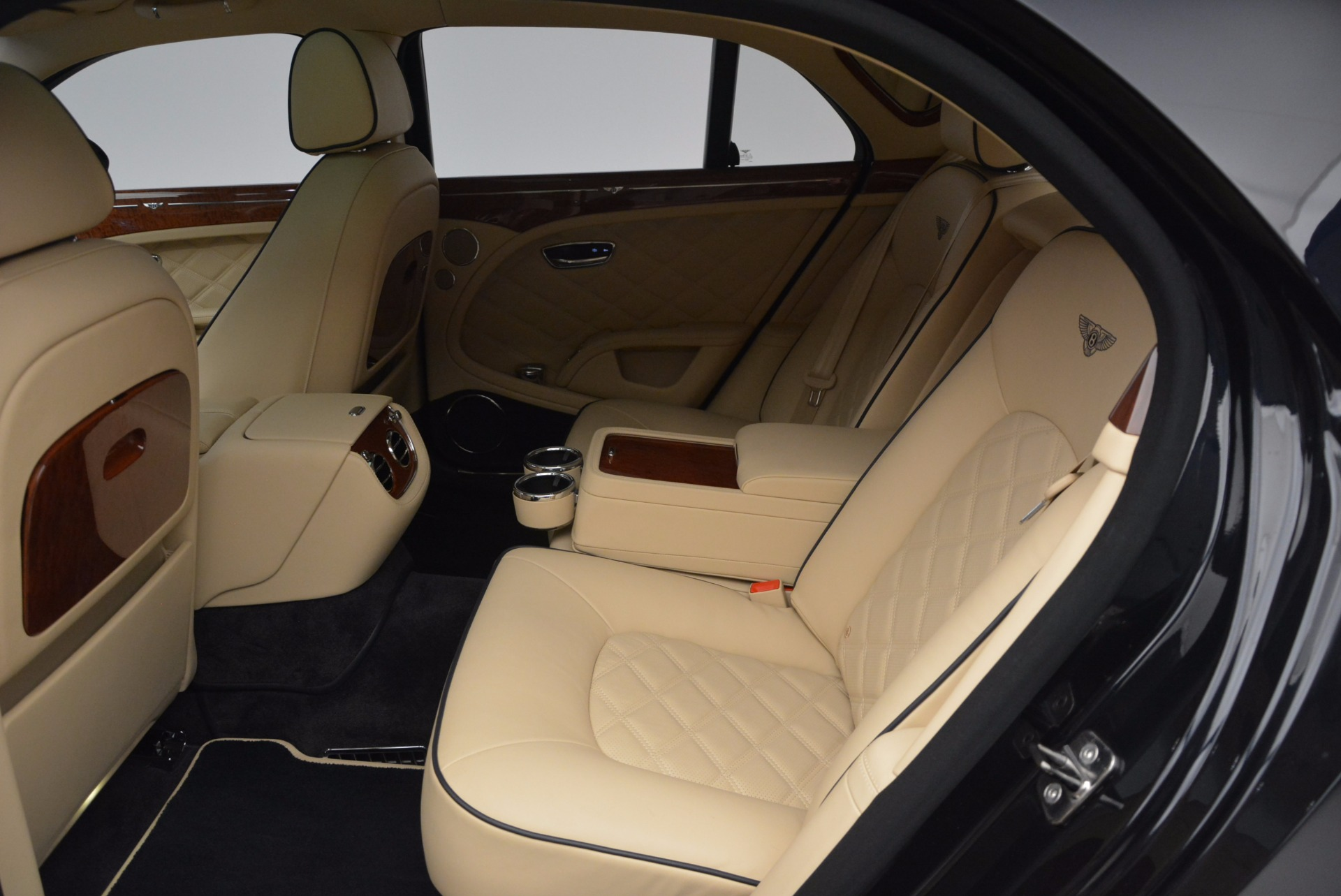 Used 2016 Bentley Mulsanne  For Sale In Greenwich, CT 742_p25