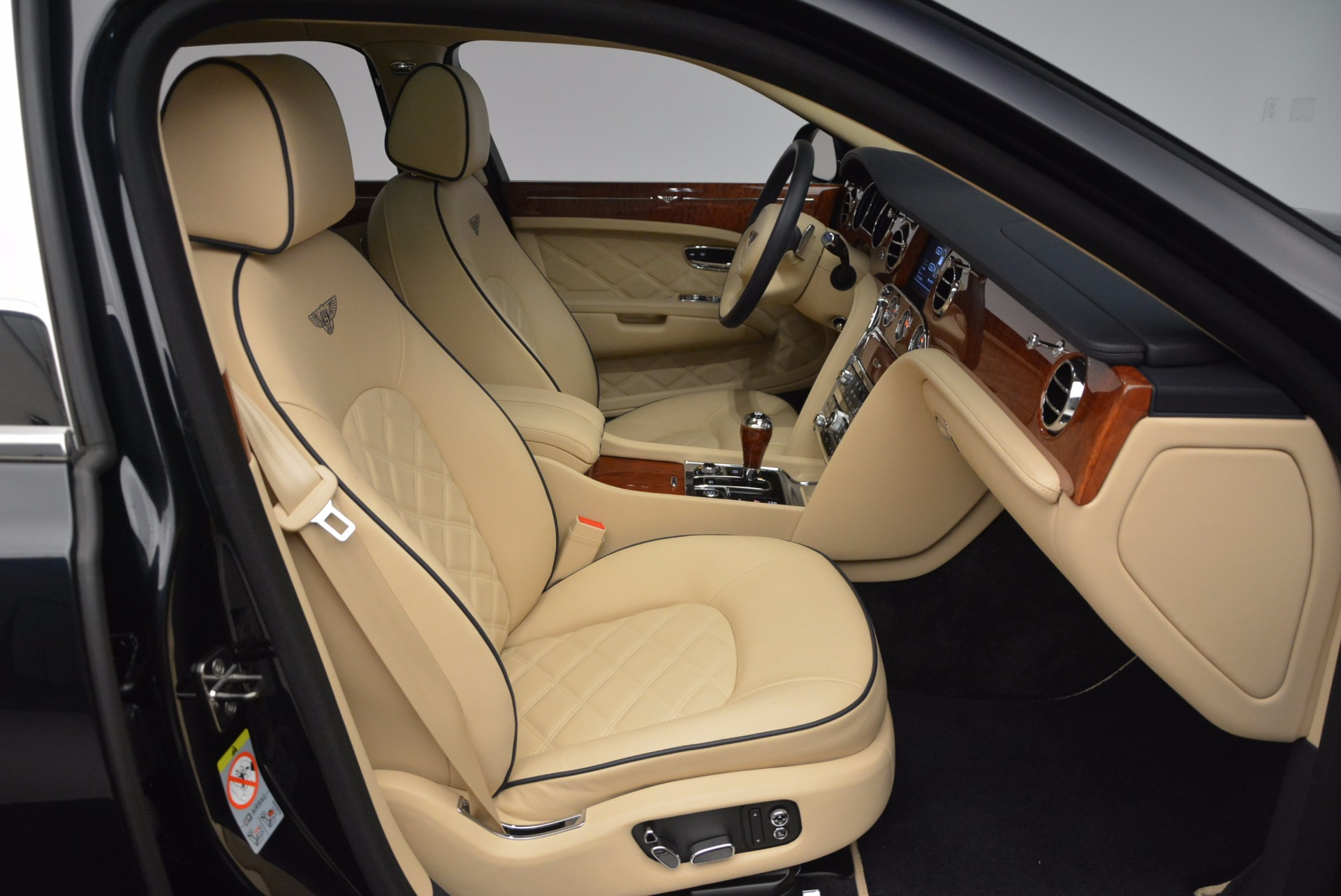 Used 2016 Bentley Mulsanne  For Sale In Greenwich, CT 742_p30