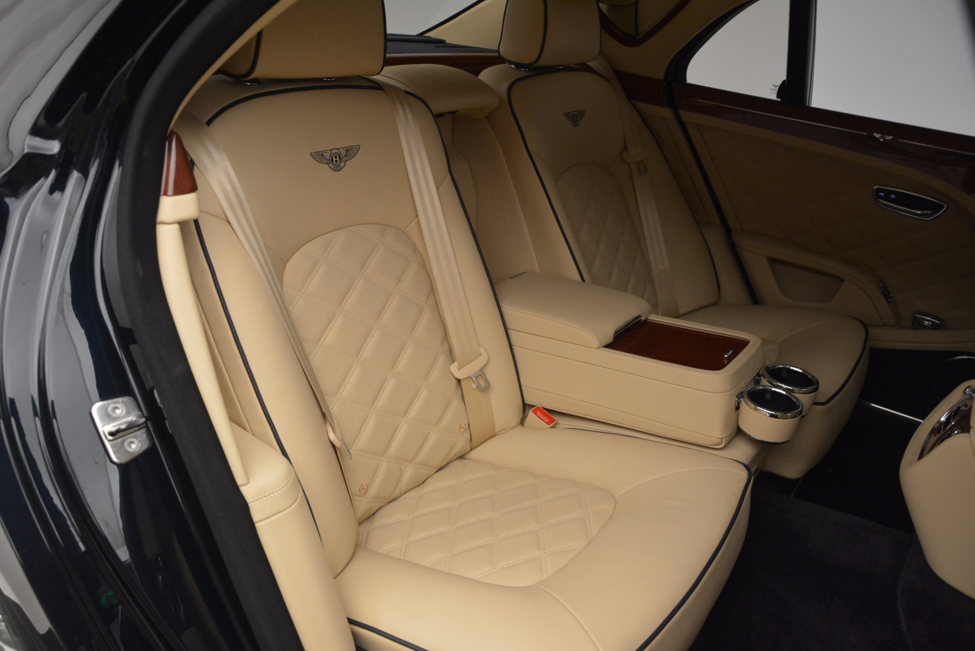 Used 2016 Bentley Mulsanne  For Sale In Greenwich, CT 742_p34
