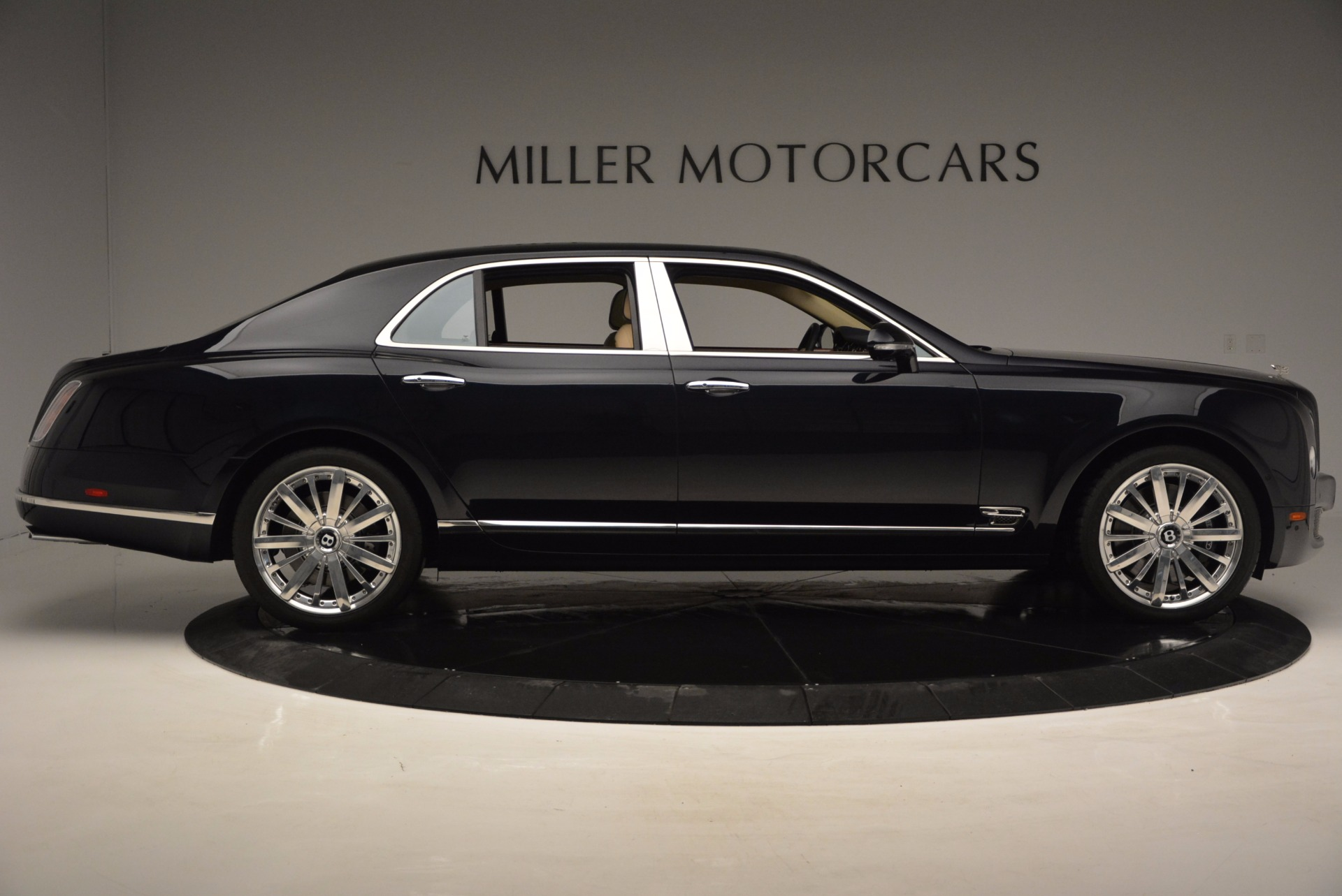 Used 2016 Bentley Mulsanne  For Sale In Greenwich, CT 742_p7