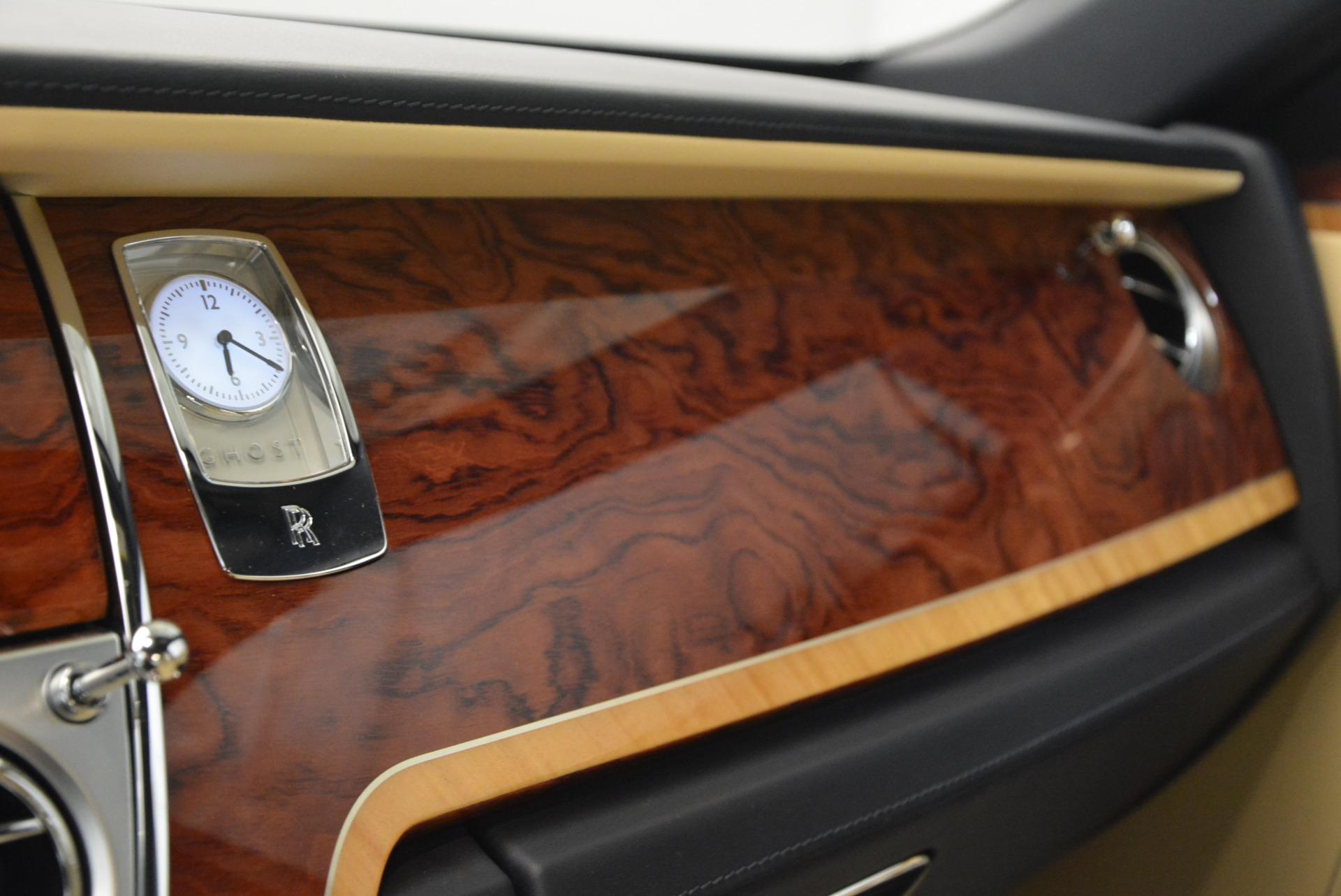 Used 2016 Rolls-Royce Ghost EWB For Sale In Greenwich, CT 746_p24